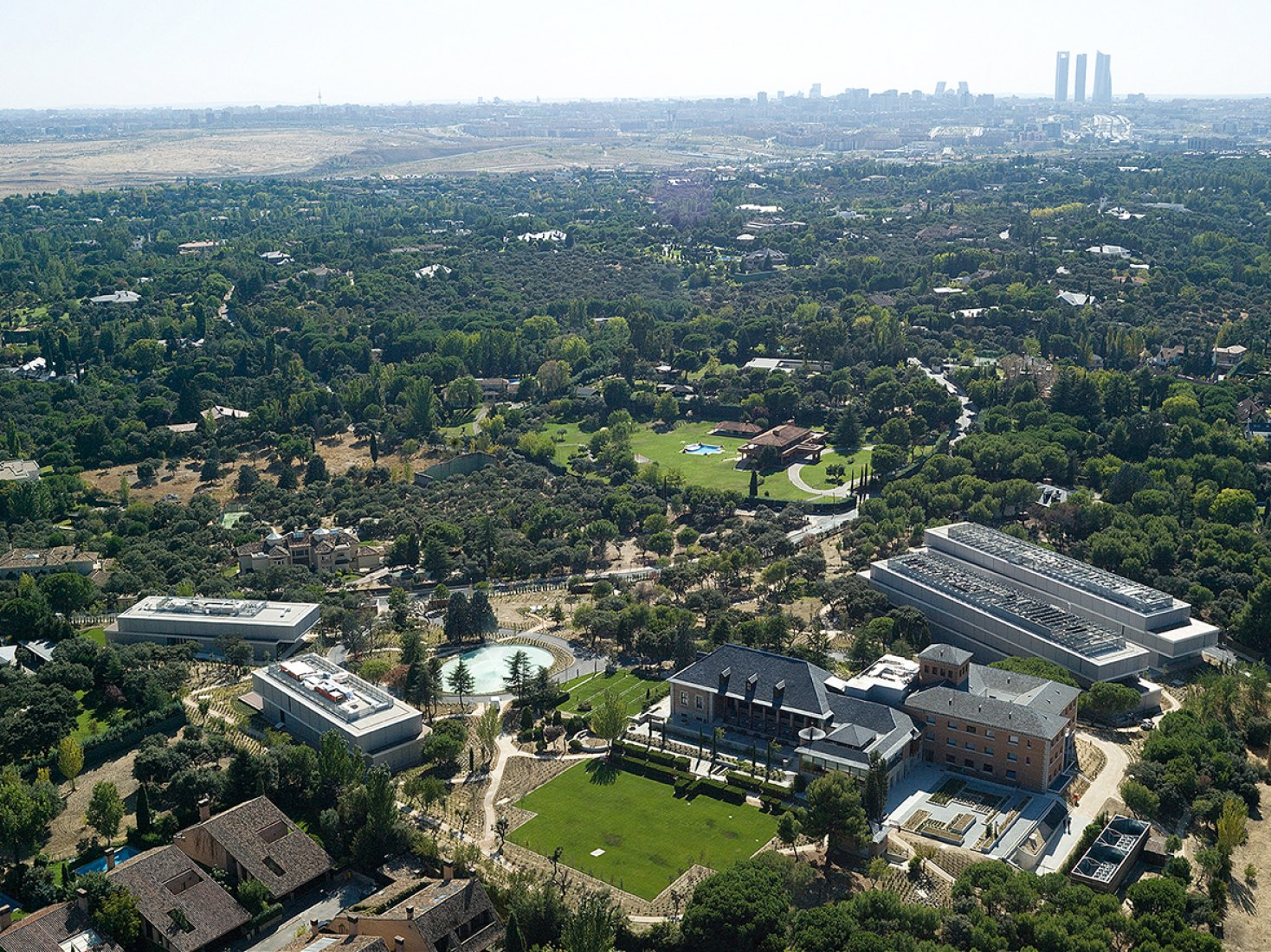 Vista a ojo de pájaro. Campus BBVA por Enguita Lasso de la Vega. Fotografía © José Hevia.