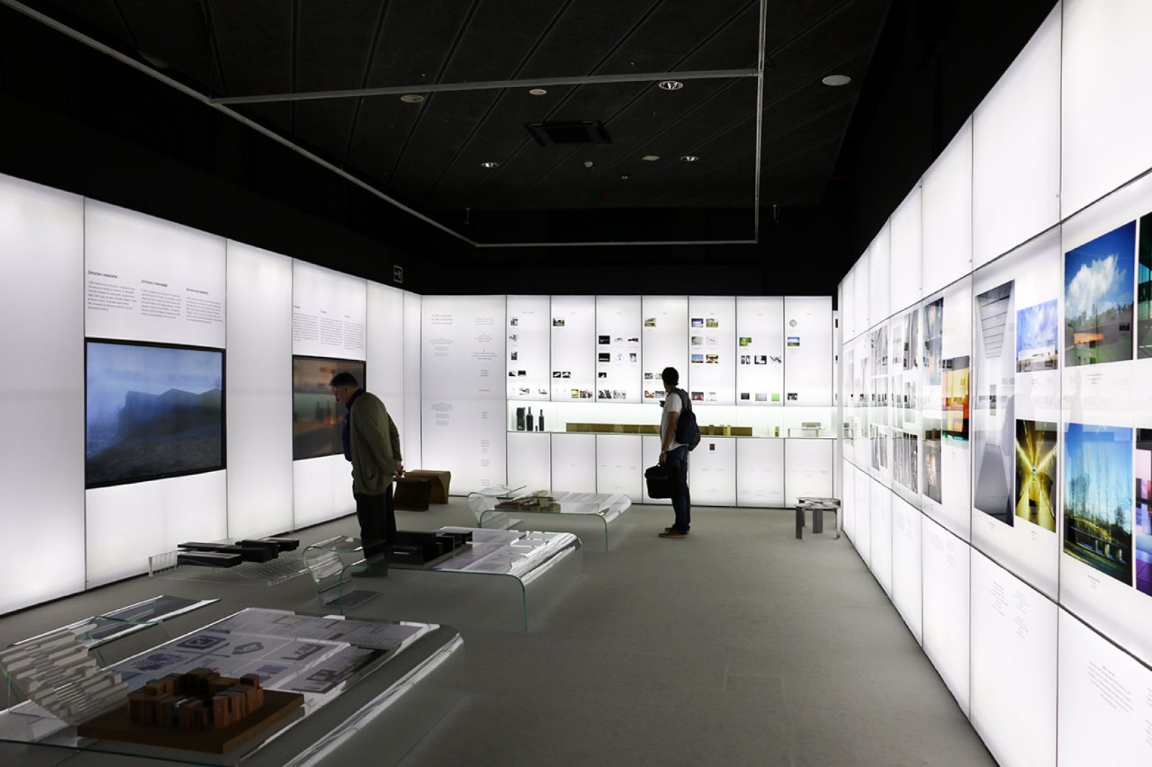 Exhibition RCR Arquitectes 'Shared creativity'. Photography © José Juan Barba / METALOCUS.