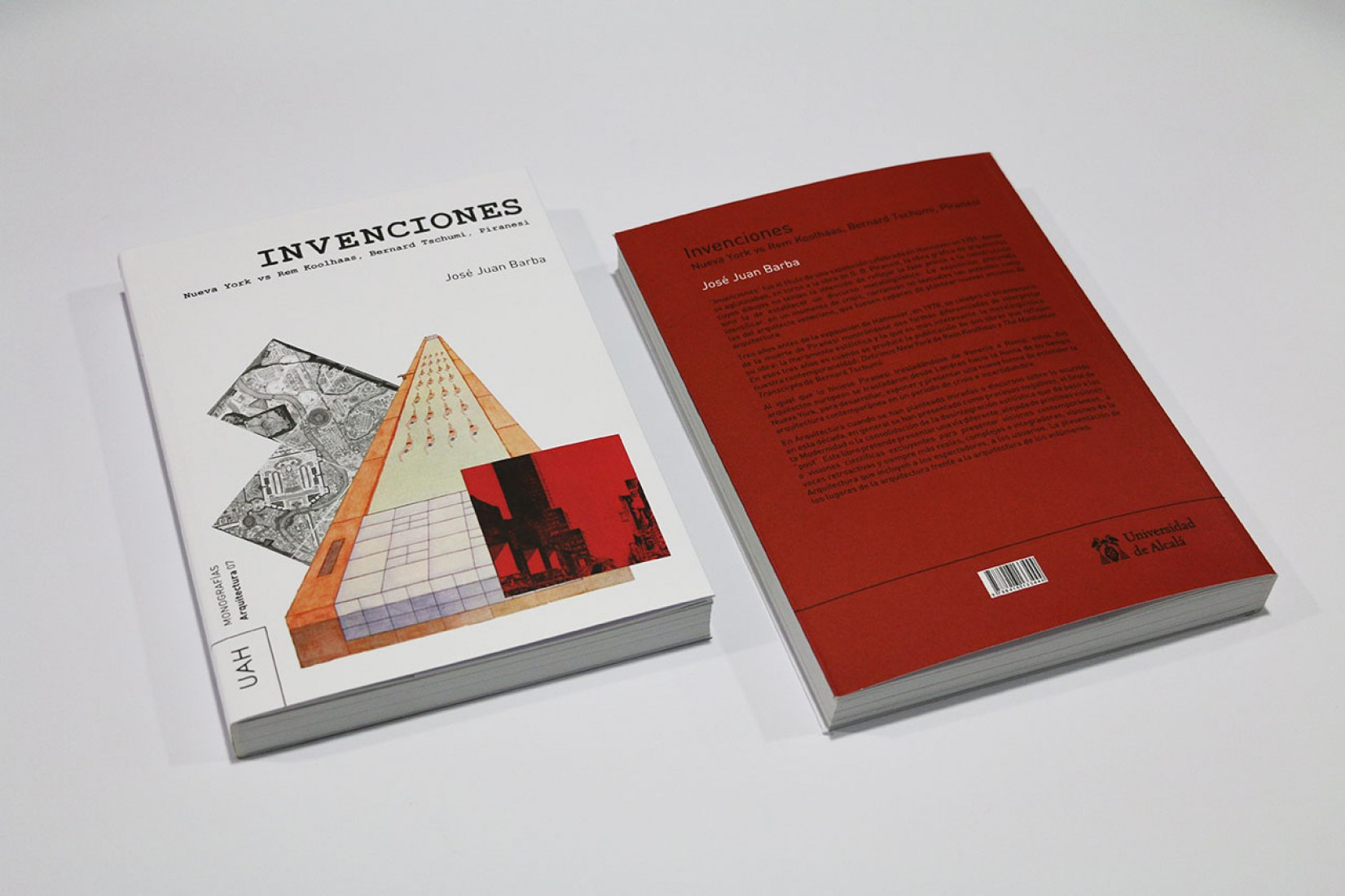Cover and Back Cover Book. Invenciones: Nueva York vs. Rem Koolhaas, Bernard Tschumi, Piranesi, by José Juan Barba. Photograph © METALOCUS.