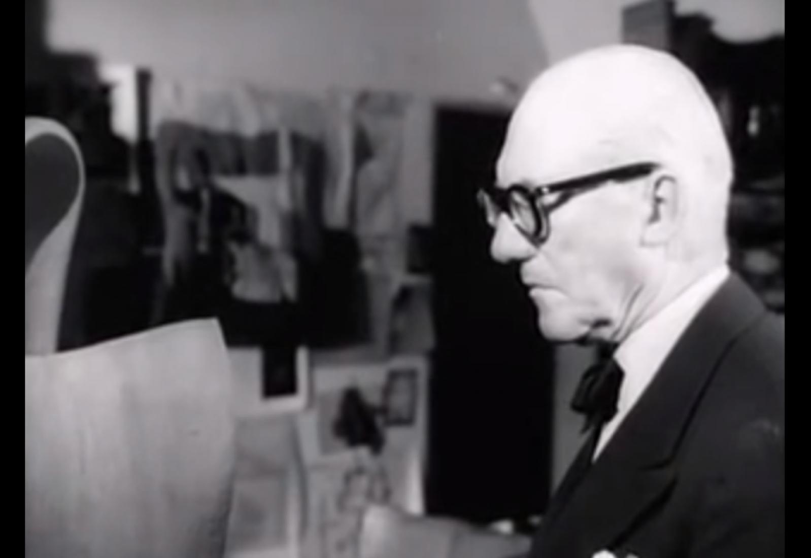 Un desconocido documetal sobre Le Corbusier en su casa-estudio de París.