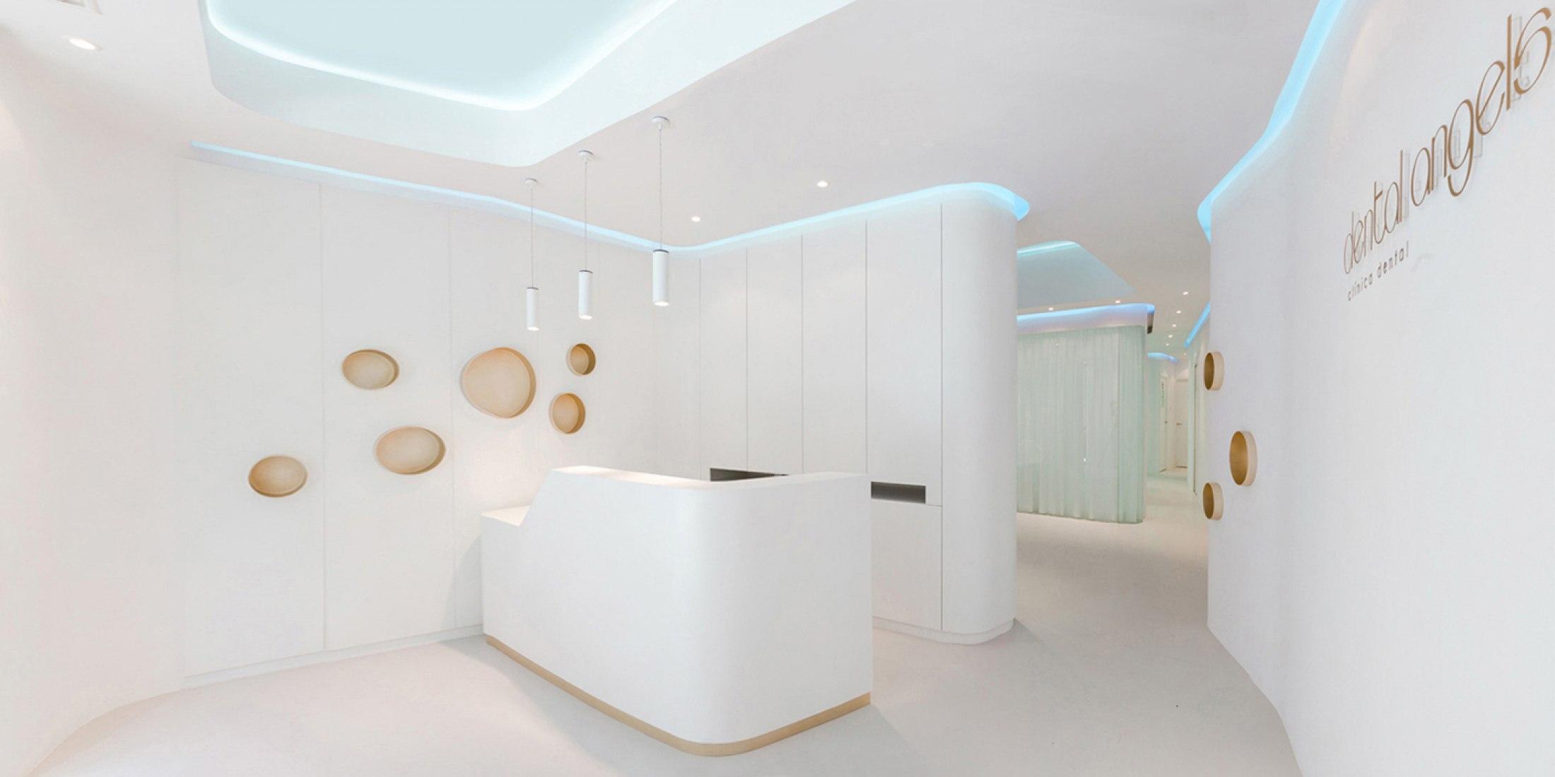 "Dental Office ""Dental Angels"" by YLAB Arquitectos Barcelona. Photography © Ciro Frank Schiappa."
