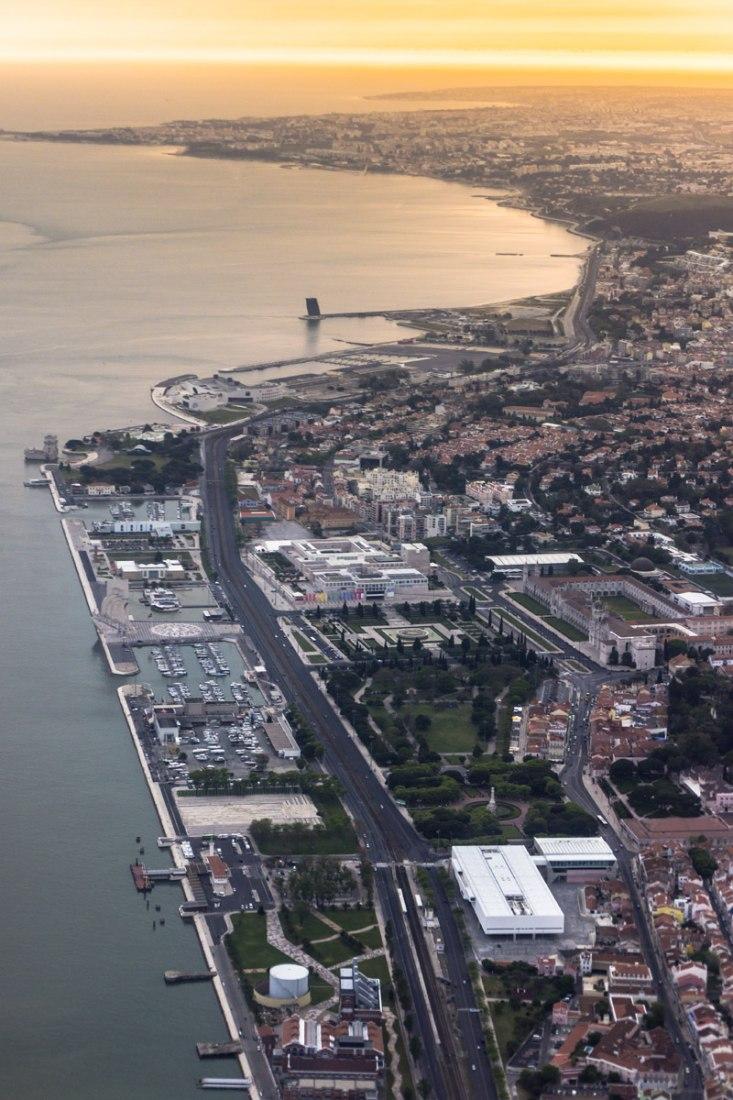 Vista aérea. Museu dos coches por Paulo Mendes da Rocha + MMBB Arquitetos + Bak Gordon Arquitectos. Fotografía © Fernando Guerra | FG+SG. Fotografía