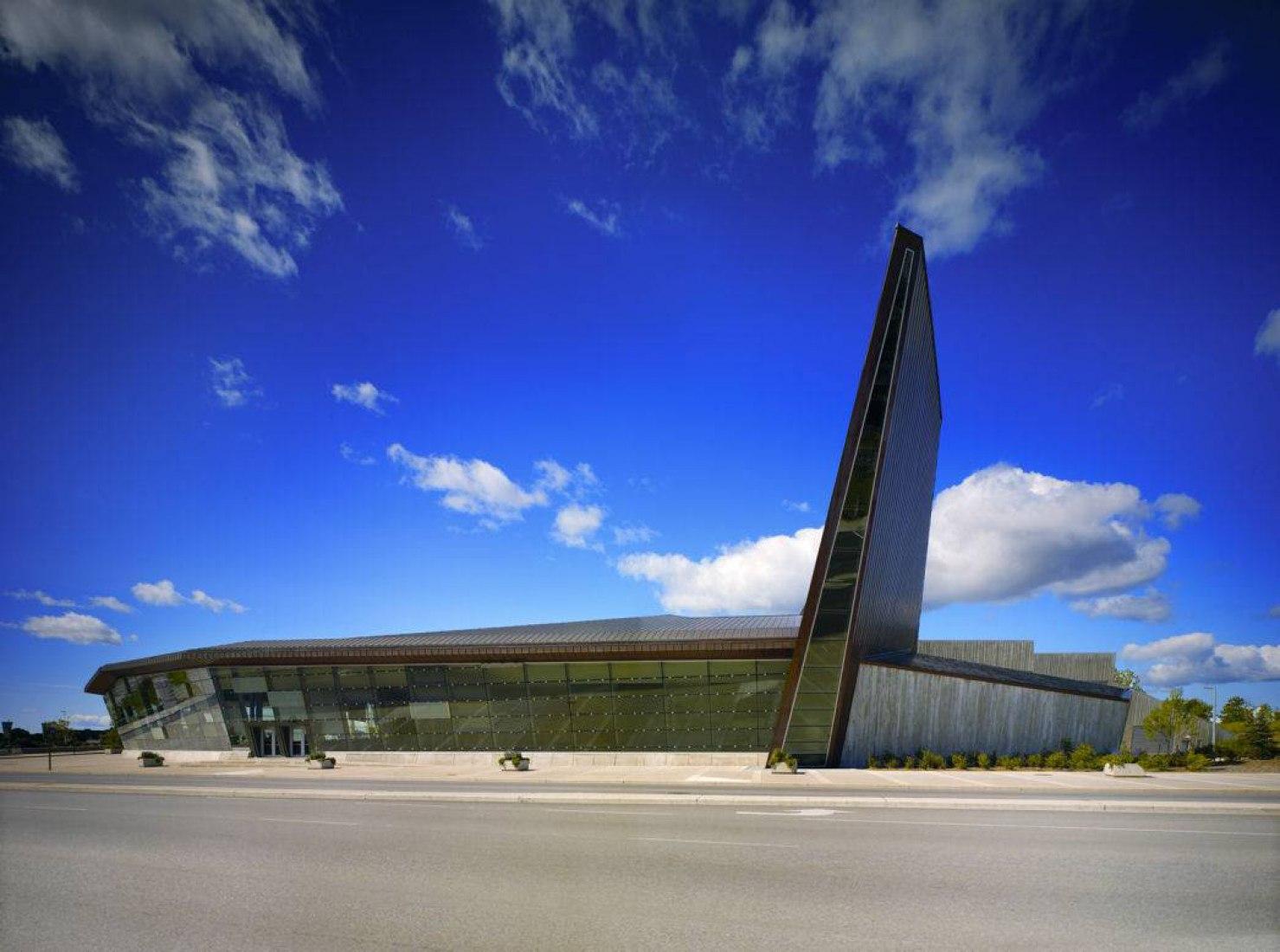 The Canadian War Museum. Architect Raymond Moriyama.