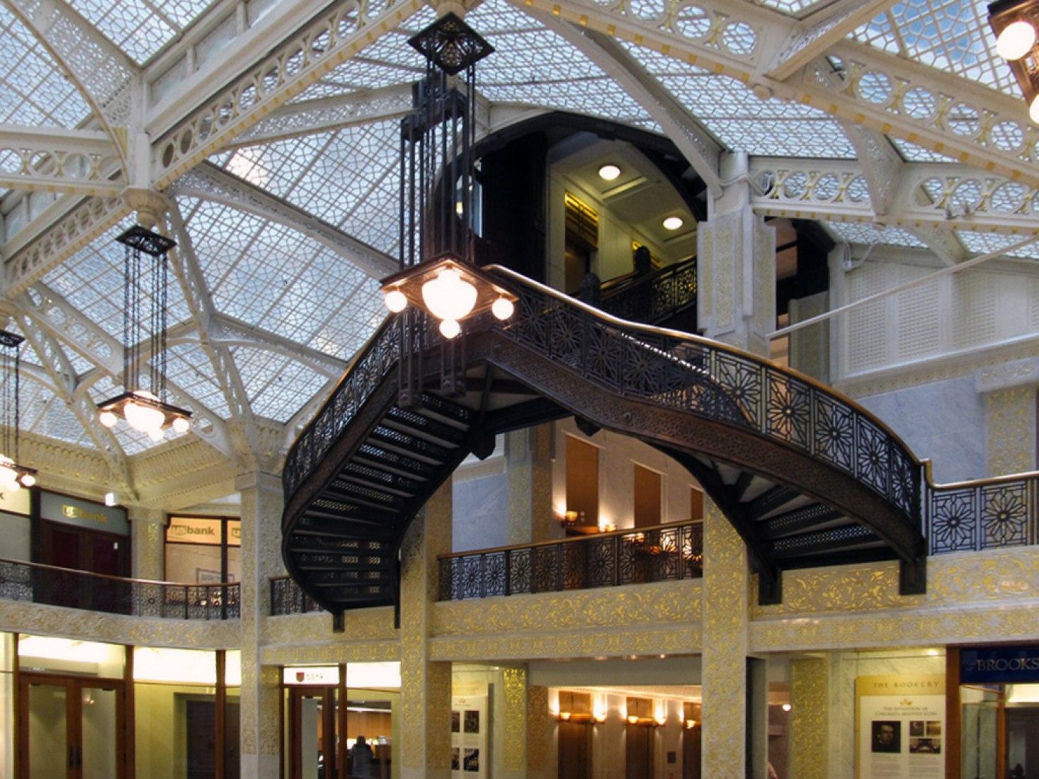 Vista inteiror. Edificio Rookery por Frank Lloyd Wright, Chicago, Illinois, Estados Unidos, 1887-1888. Fotografía © Flickr, Ken Lund.