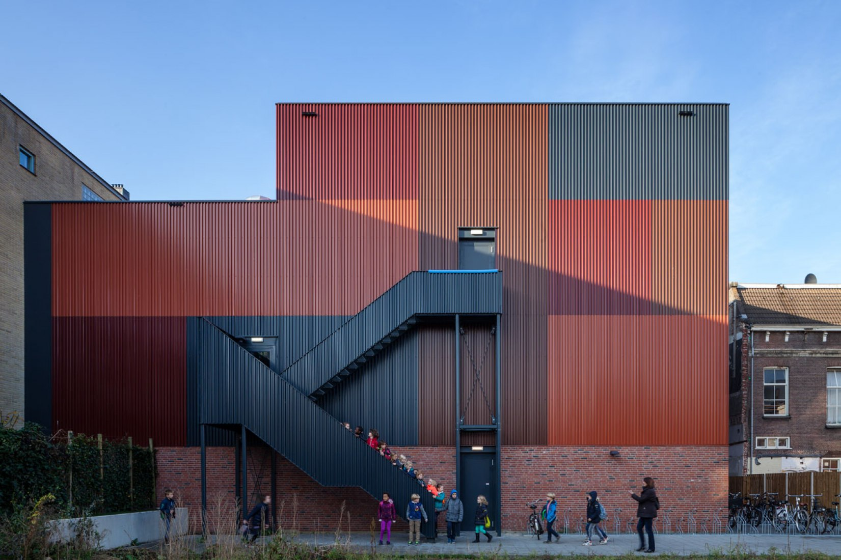 Sports Block Groningen by Marlies Rohmer Architects & Urbanists. Photograph © Daria Scagliola / Stijn Brakkee. Click above to see larger image.