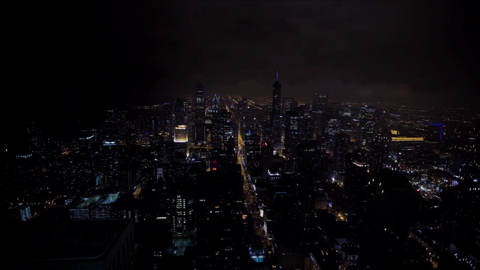 Chicago, night view. The Absent Column.