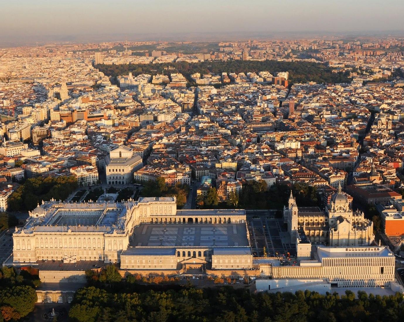 Vista general del Museo de las colecciones reals, imagen cortesía de Mansilla + Tuñón Arquitectos.