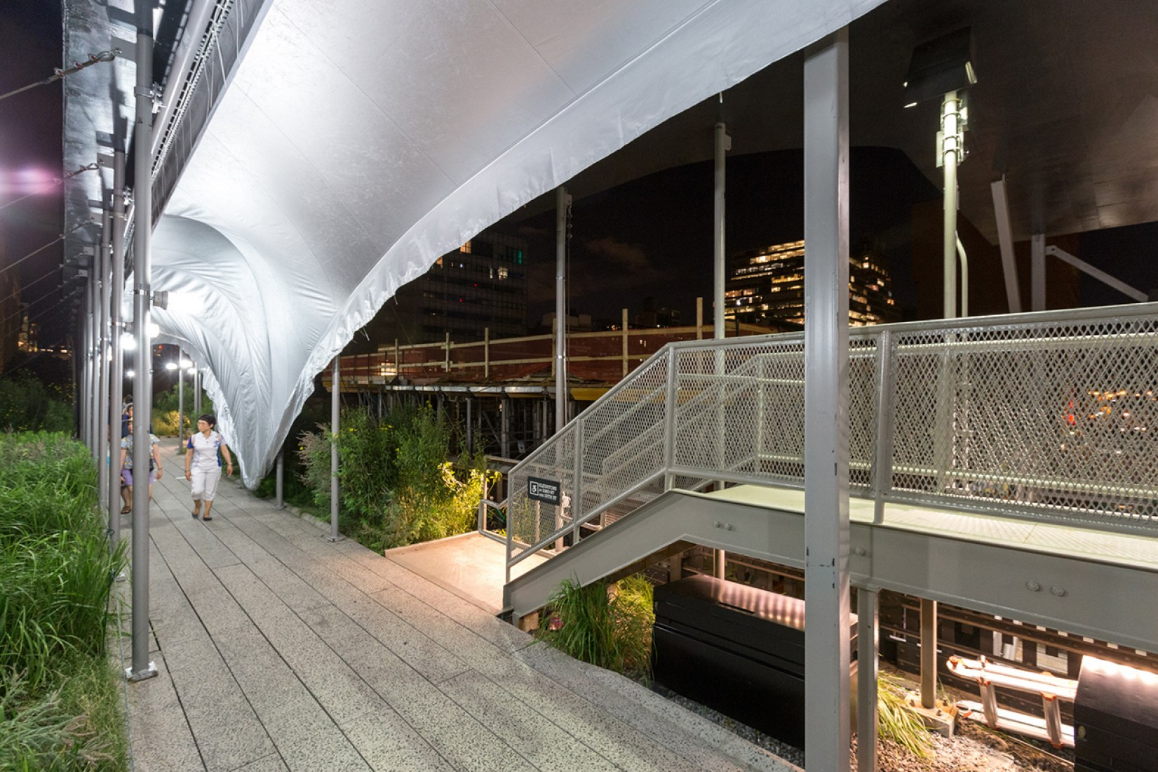 Canopy over the High Line by Zaha Hadid Architects. Photo by Max Touhey.