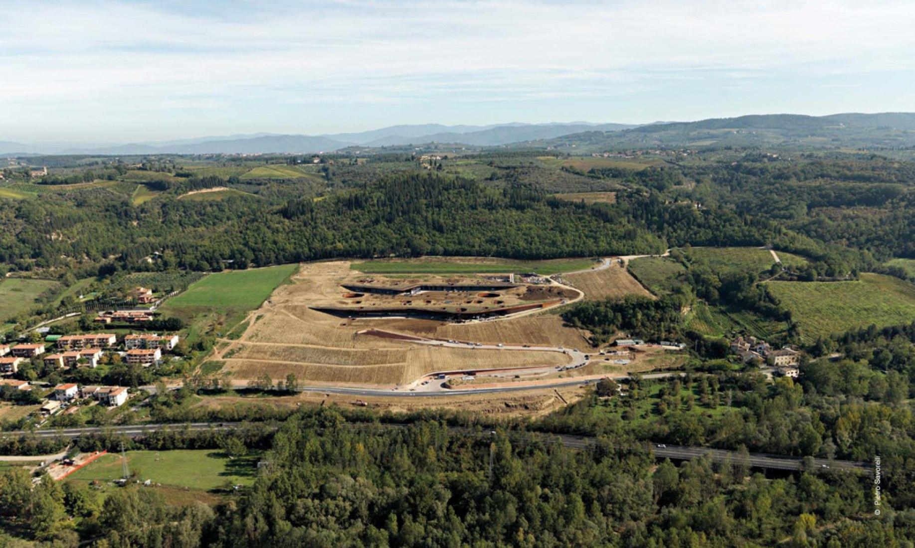 Overview, Antinori Winery by Archea Associati. Image © Pietro Savorelli.
