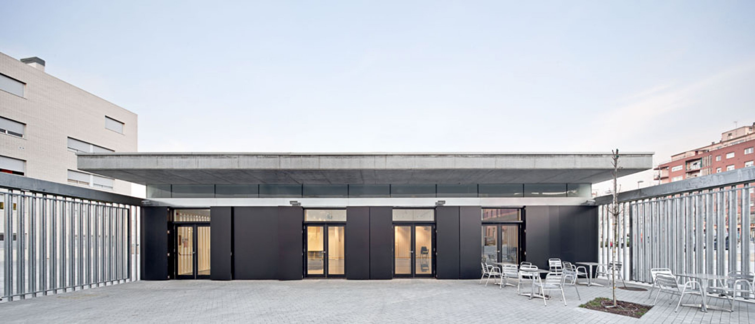 Cafetería. Fábrica Marfà por Ravetllat-Ribas. Fotografía © Adrià Goula.