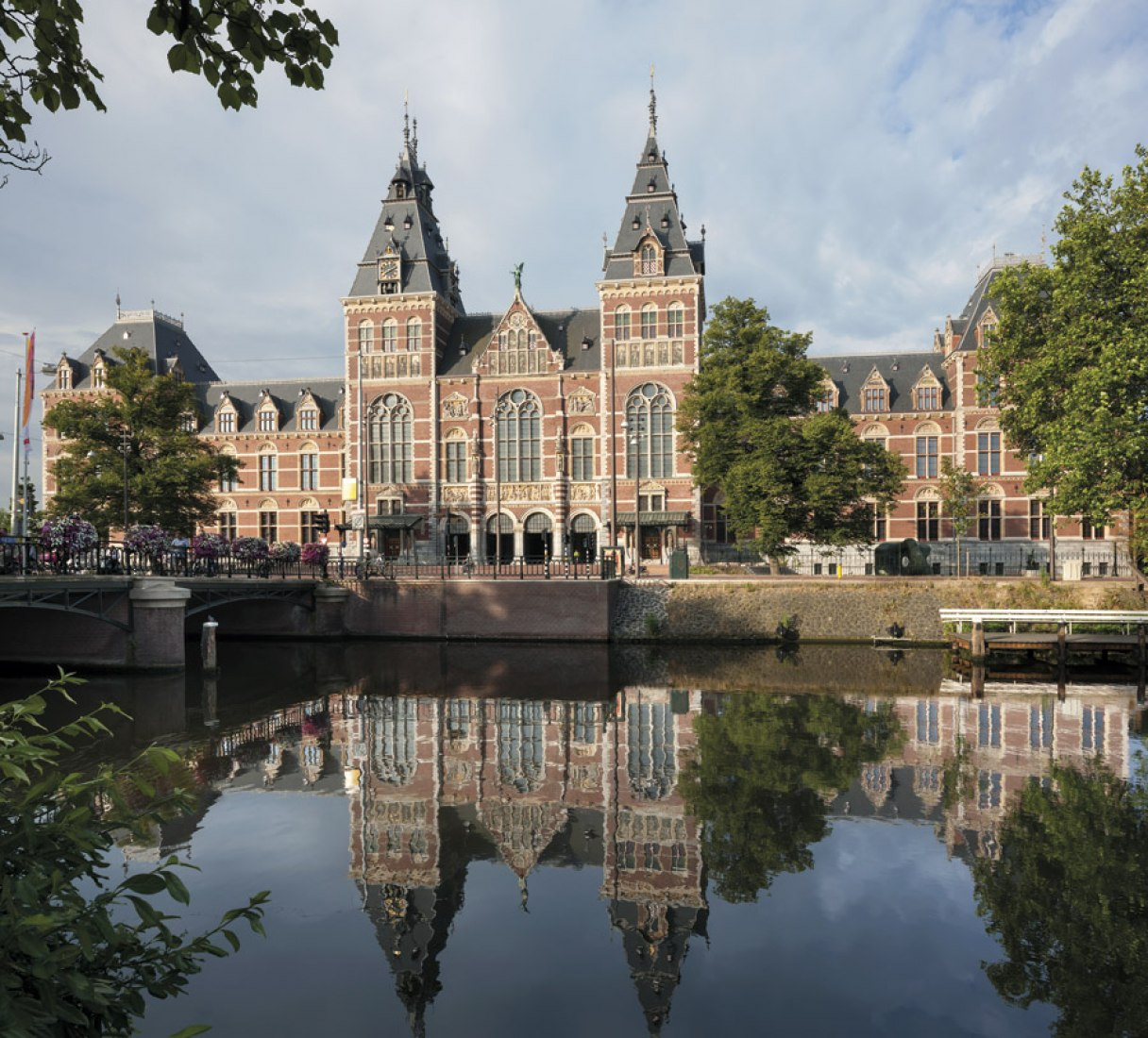 Vista exterior. Nuevo Rijksmuseum por Cruz y Ortiz arquitectos. Fotografía cortesía de Abe Bonnema Prijs. Fotografía ©  Duccio Malagamba.