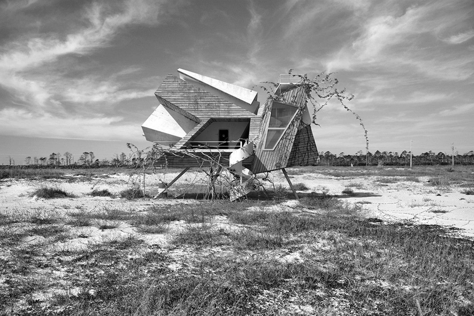 Serie 'Inter-acciones'. Dionisio González: Around. Imagen © cortesía de la Consejería de Empleo, Turismo y Cultura.