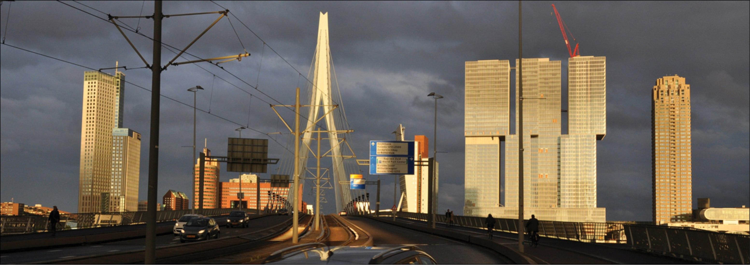Frontal with bridge vision. Image courtesy of OMA; Photography © Michel van de Kar.