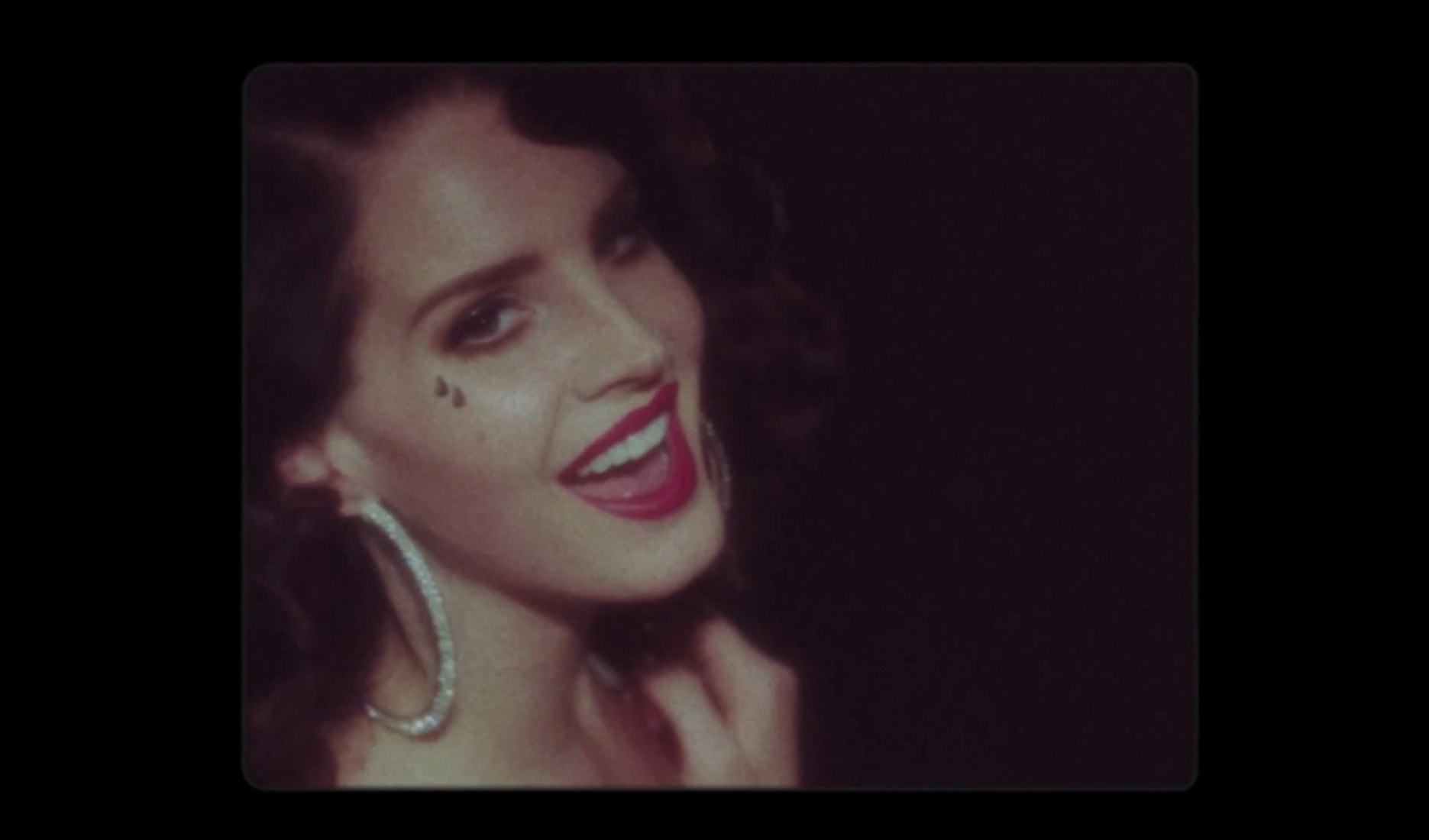 Video screenshot. Lana Del Rey - Young and Beautiful.