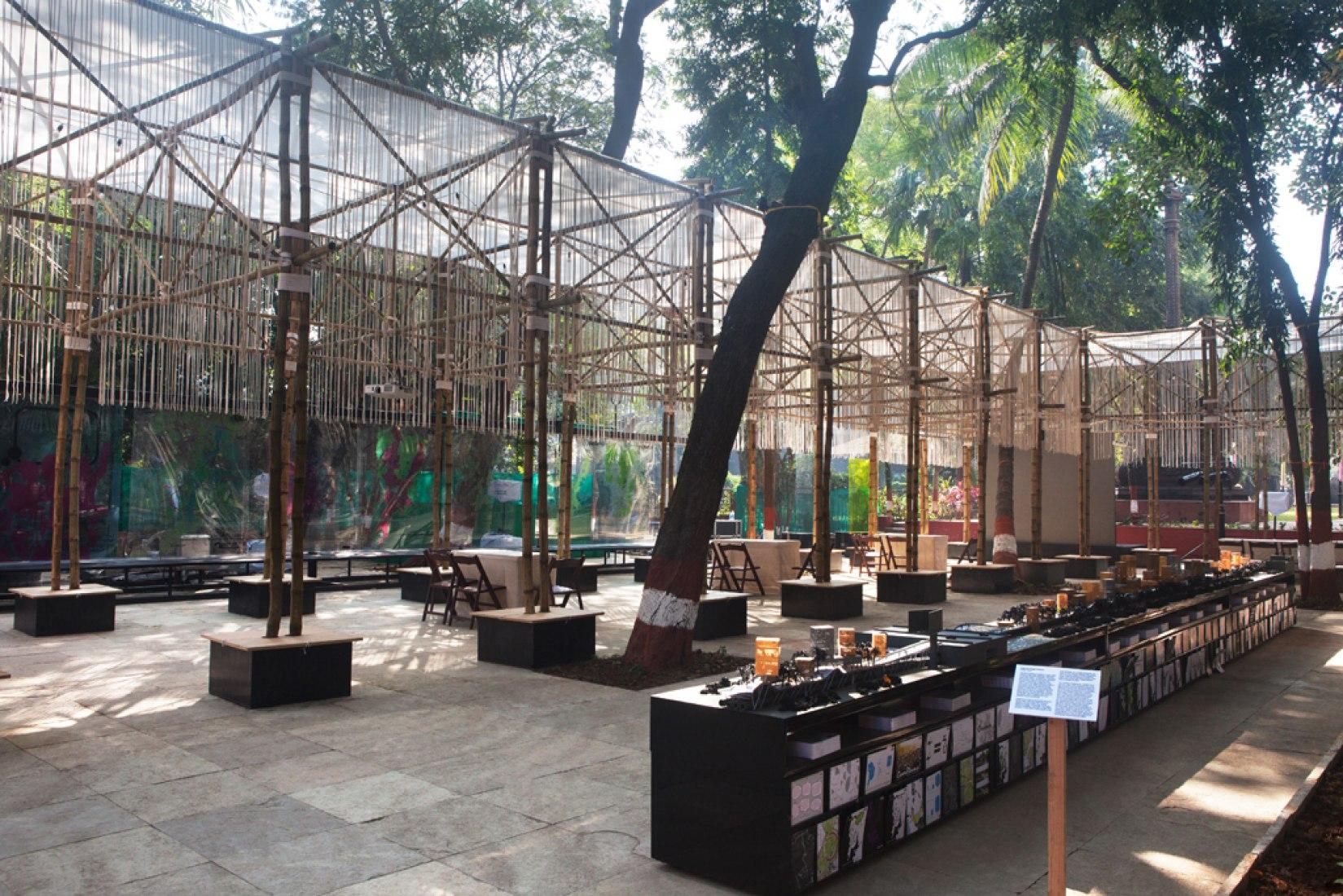 BMW Guggenheim Lab. Central Lab, Dr. Bhau Daji Lad Museum plaza. Photography: Deepshikha Jain © 2012 Solomon R. Guggenheim Foundation.