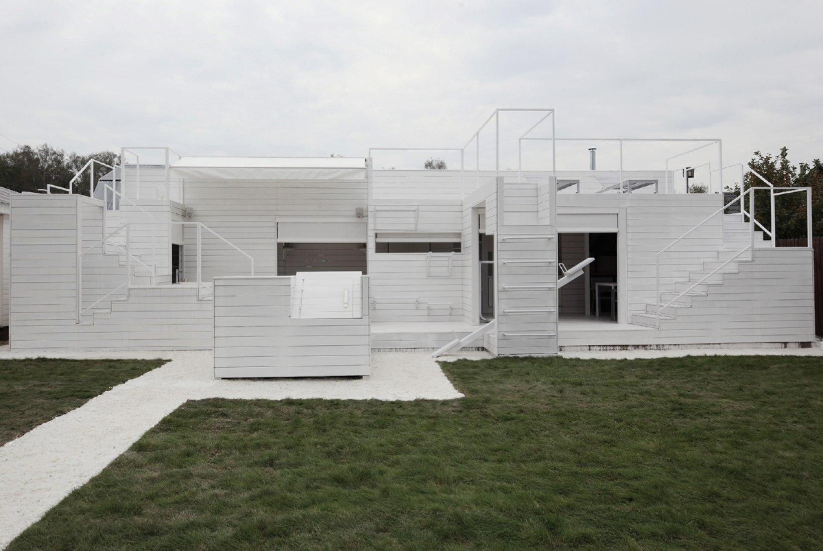 Casa Origami por Peter Kostelov. Fotografía © Zinon Razutdinov.