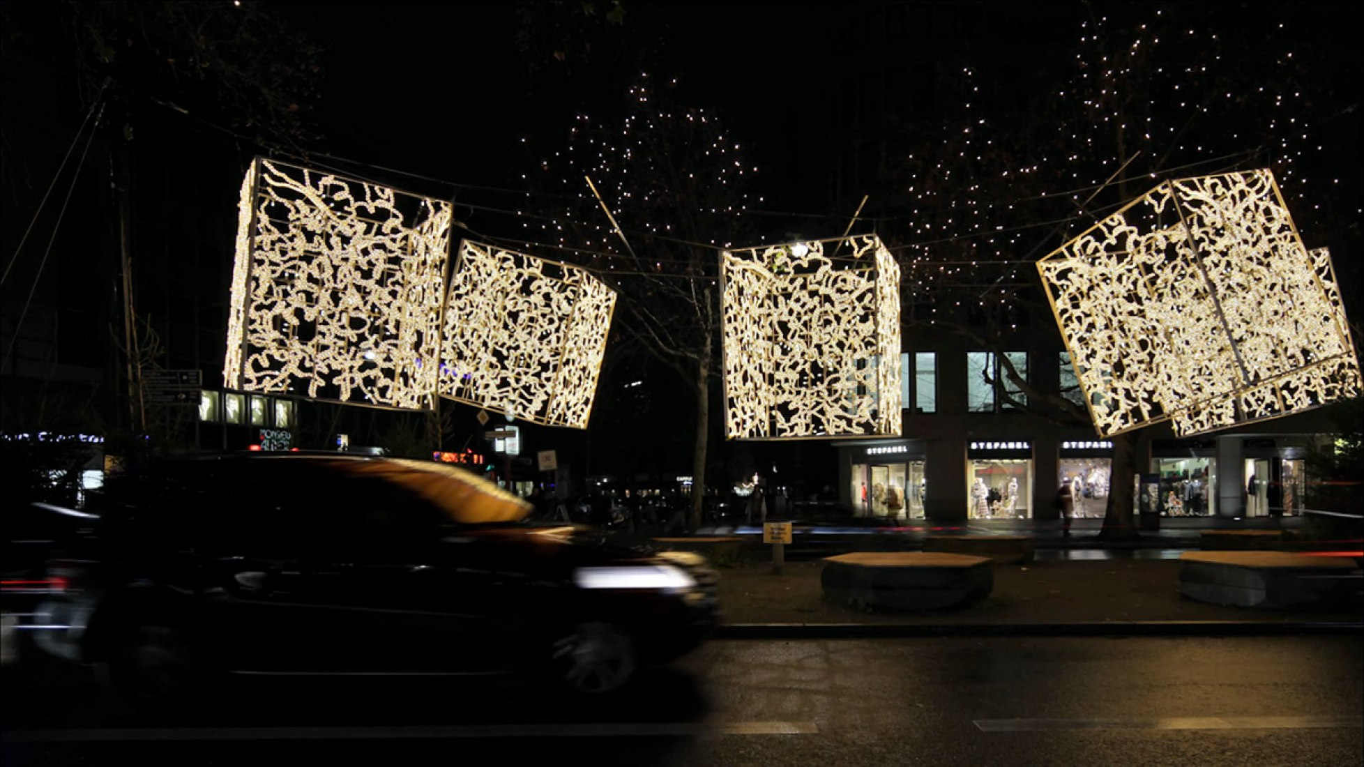 Video screenshot. Berlin Christmas lights 2013 by Brut Deluxe. Video by ImagenSubliminal.
