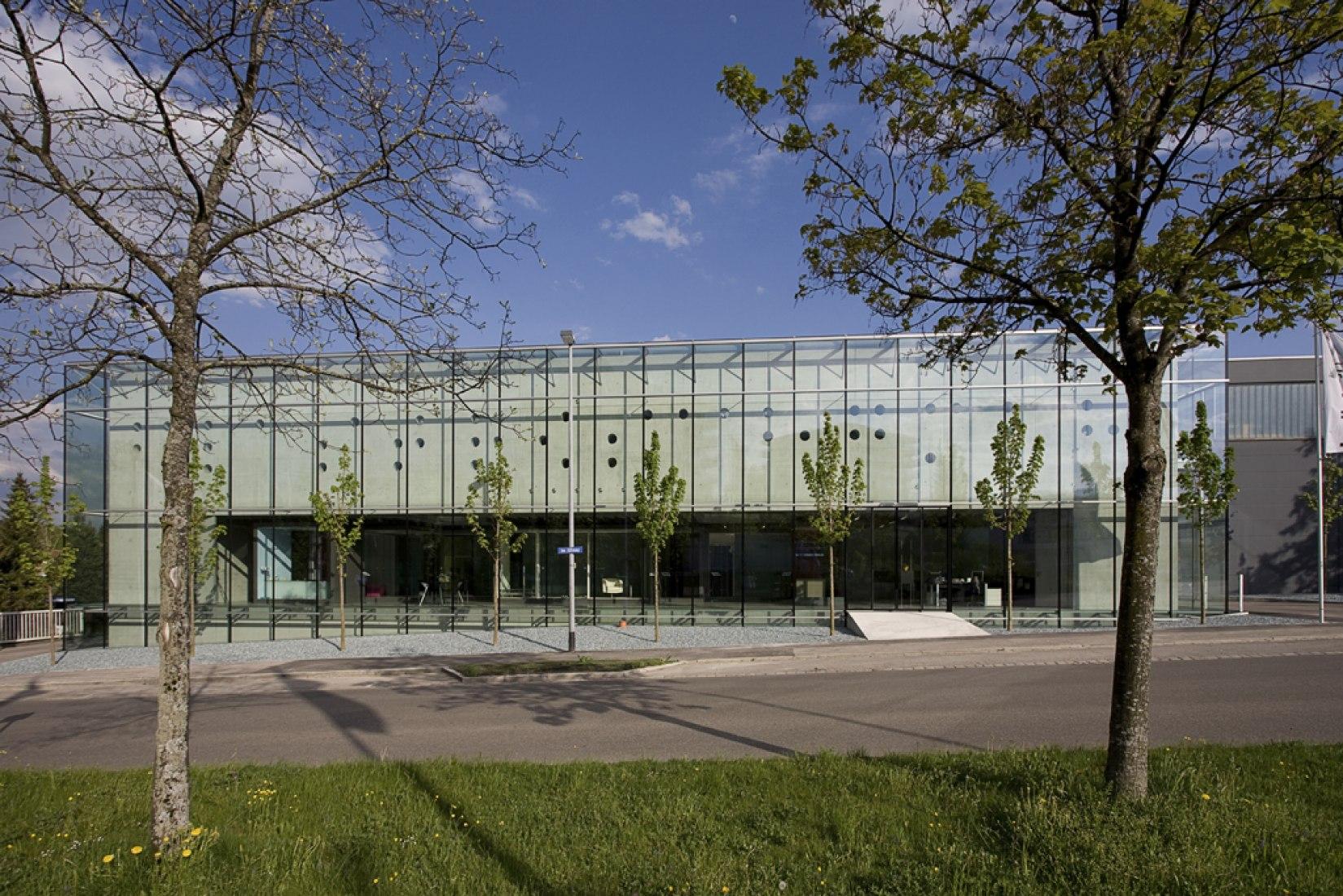Centro de Conocimientos Glastroesch por Becker Architekten. Fotografía © Nikolaus Grünwald.