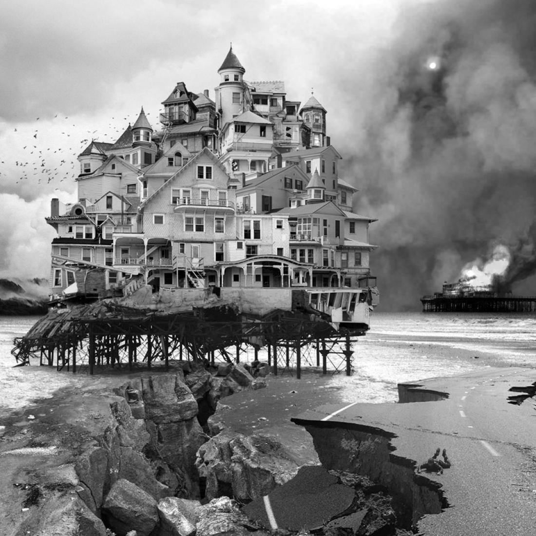 Untitled (house), 2006. Aberrations, por Jim Kazanjian.