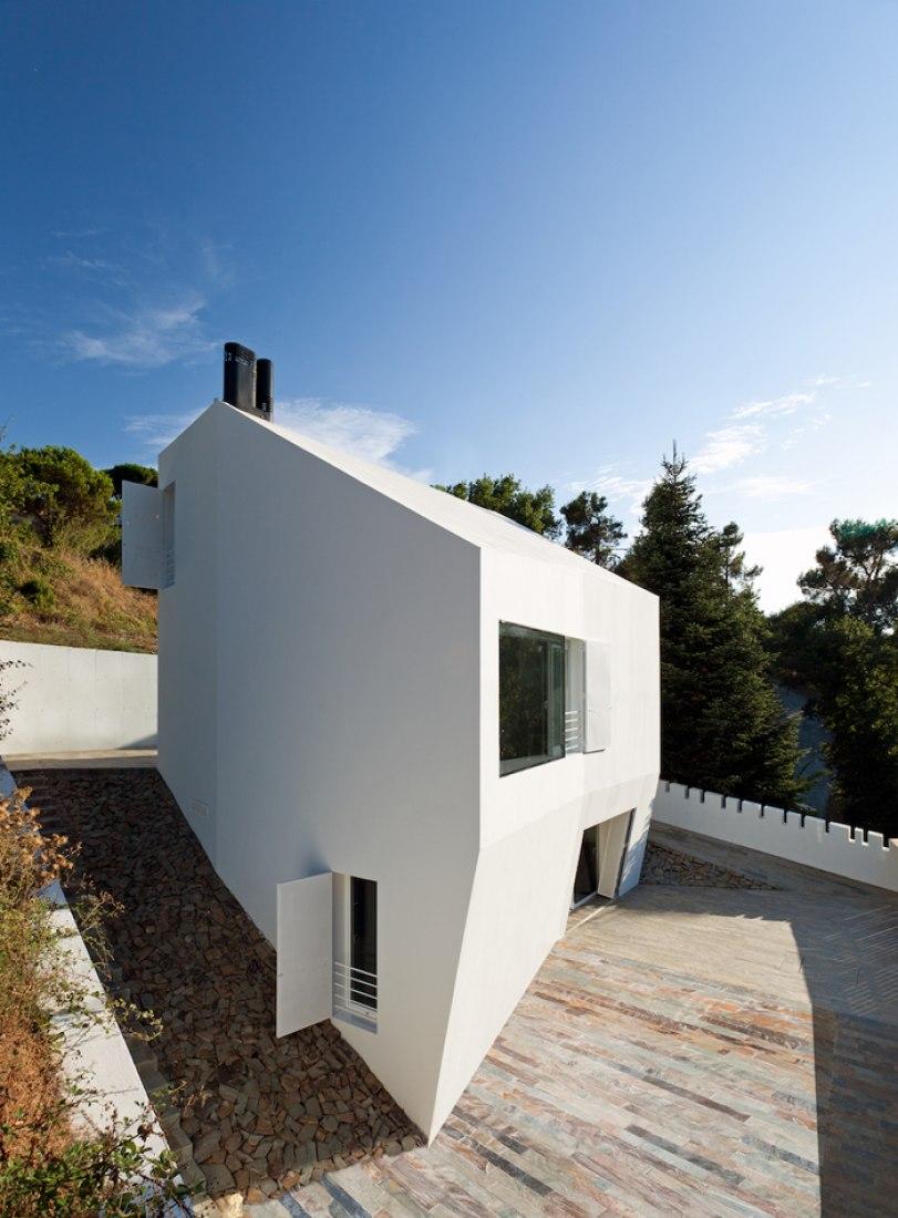 Vista exterior. Fotografía © Marcela Grassi. Cortesía de YLAB Arquitectos.