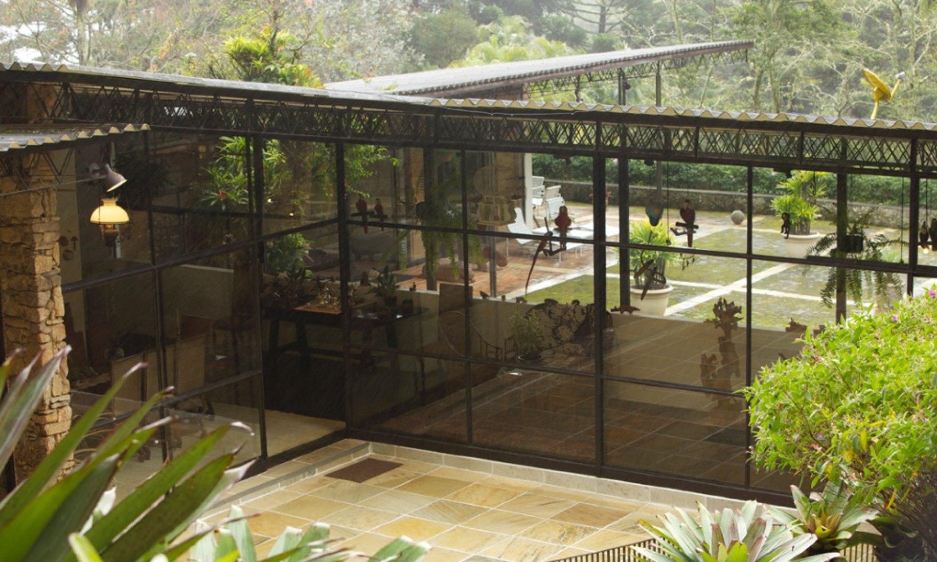 The house Bernardes designed for fellow architect Lota de Macedo Soares in Petrópolis, Brazil. Bernardes could design 25 homes a month. Photograph © Arquivo Sérgio Bernardes.