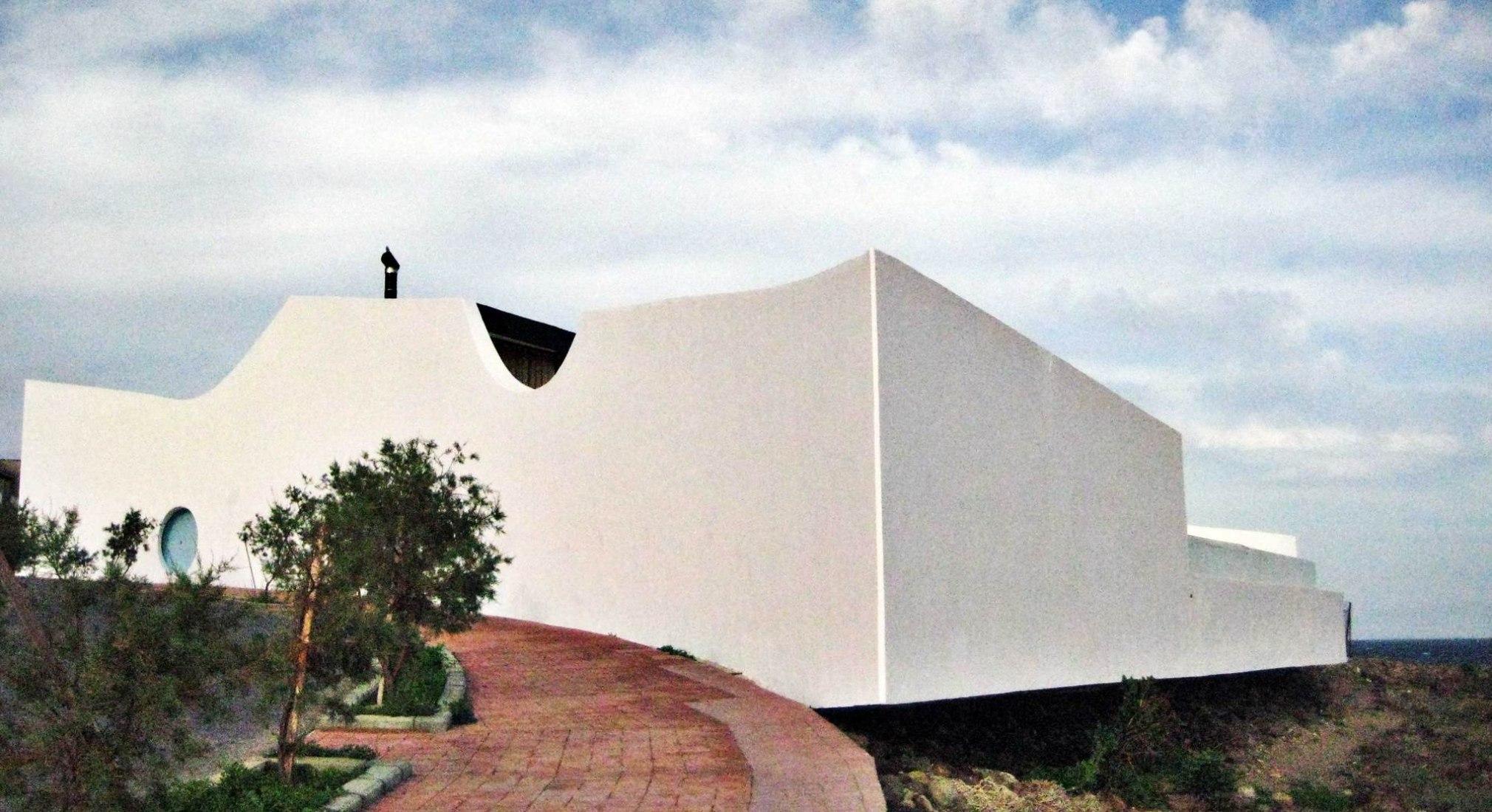 House of Herzog in Tenerife. Photograph © Donacio Cejas
