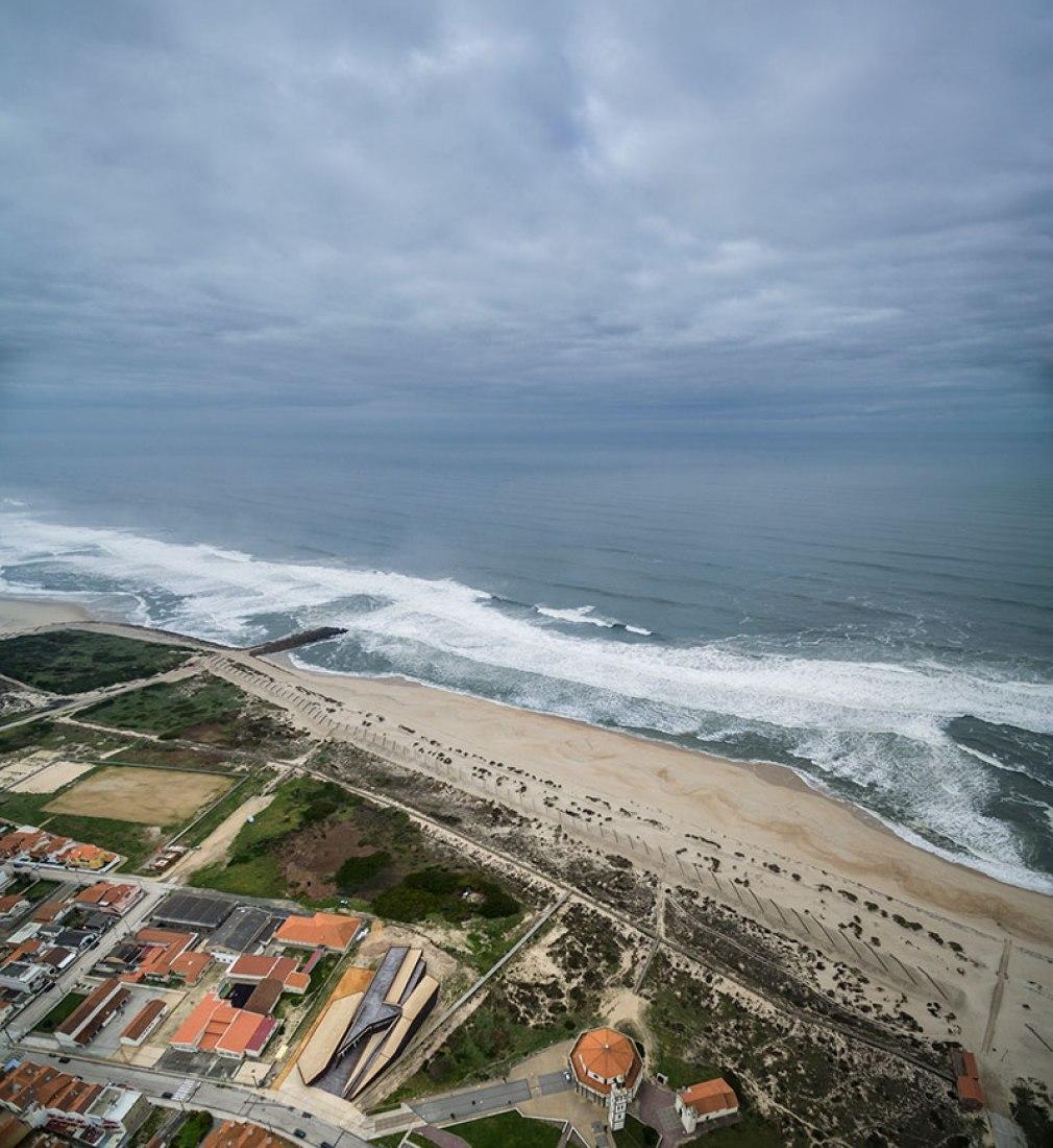 Social and cultural centre Costa Nova by ARX Portugal. Photography © FG + SG.