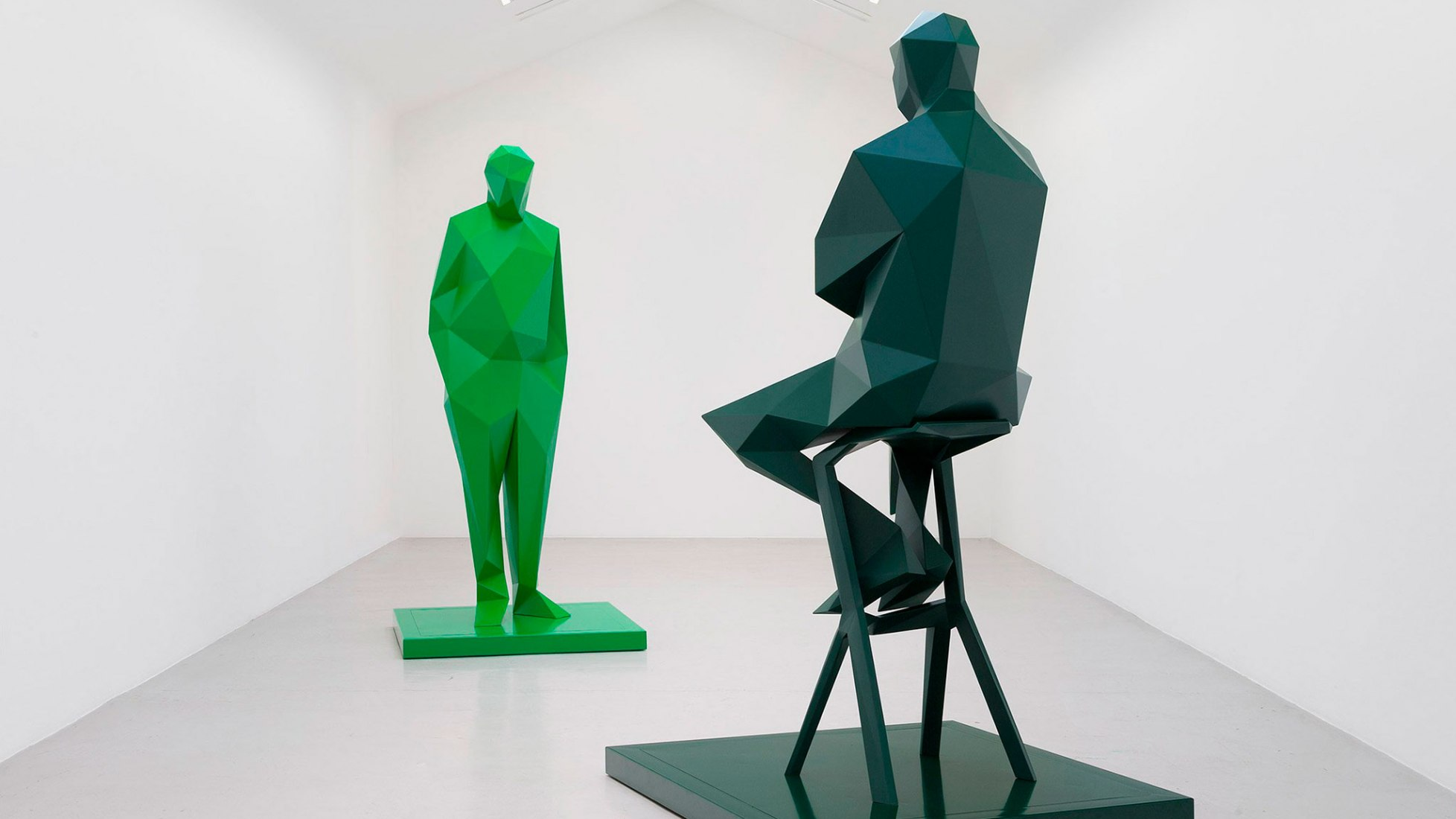 Sculptures of Renzo Piano and Richard Rogers in the recent Xavier Veilhan solo show
