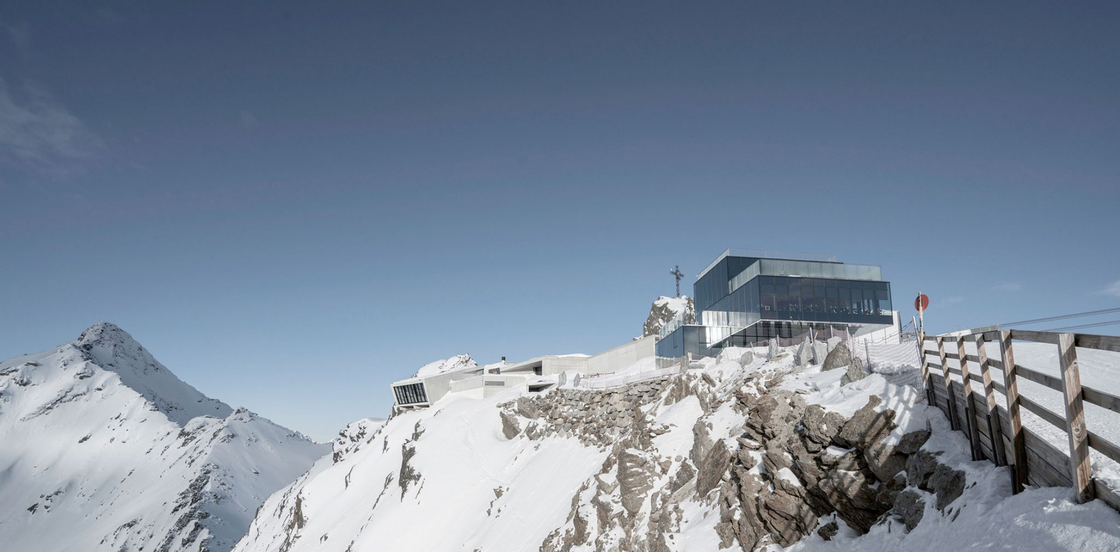 Overview. Exterior view of the Bond 007 Elements museum, in the Austrian Alps. Photograph by Christoph Noesig, 007 ELEMENTS