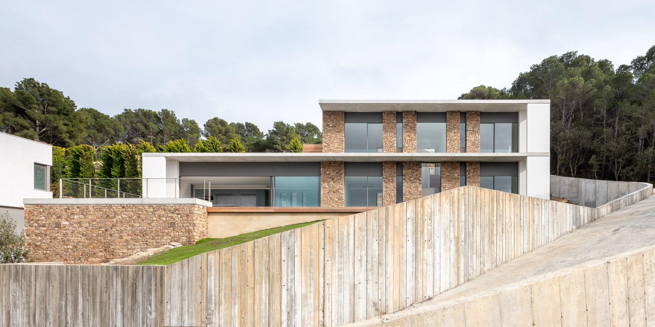 Casa Sa Riera por 05 AM Arquitectura. Fotografía por Filippo Poli Photography