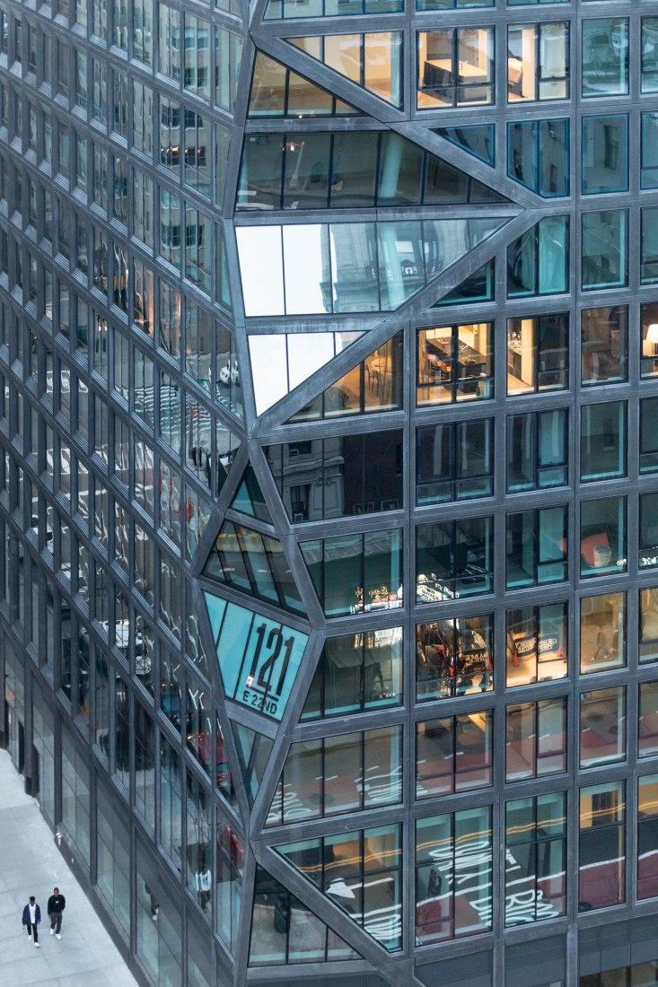 complejo residencial, 121 East 22nd Street en Manhattan por OMA. Fotografía por Laurian Ghinitoiu