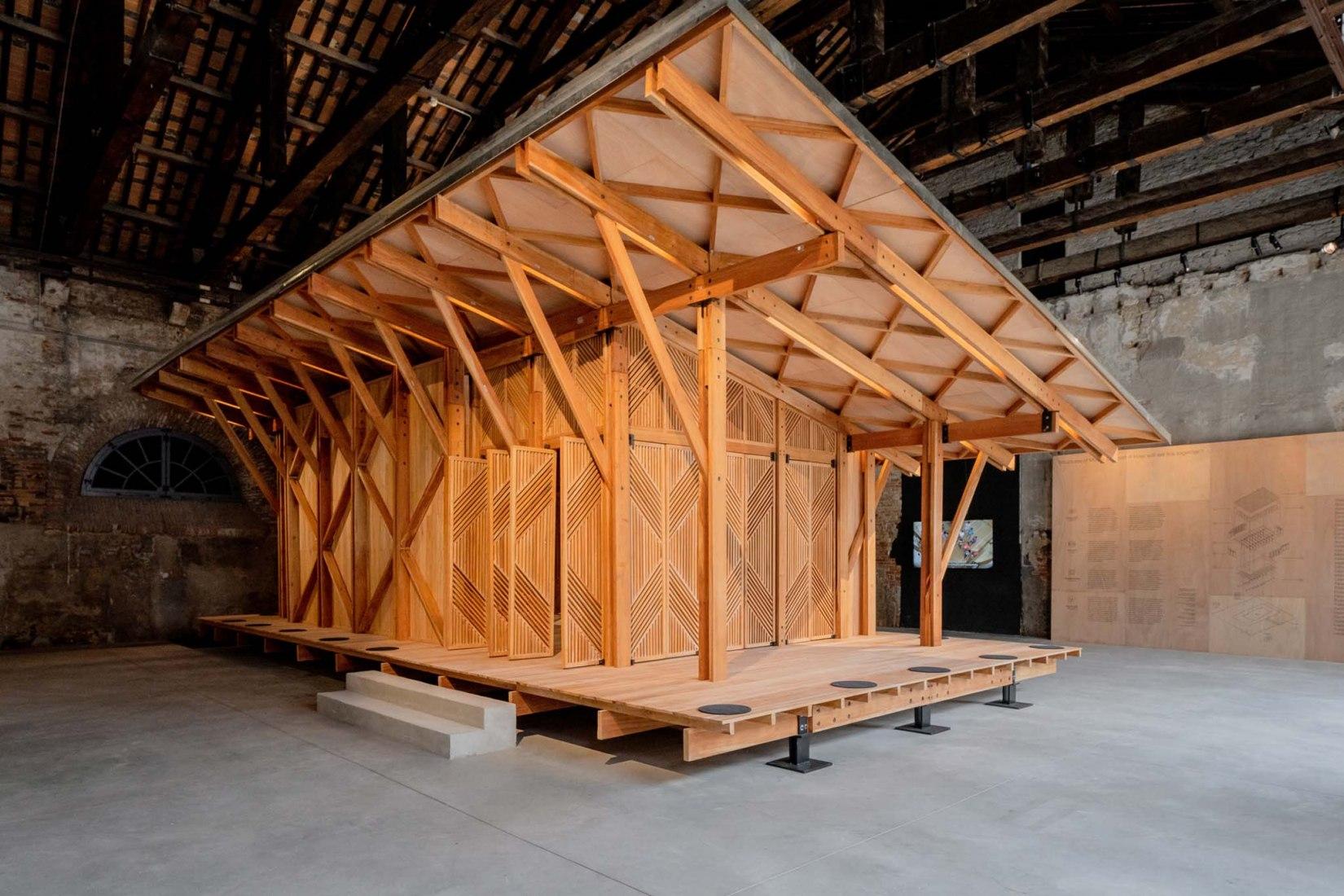 Structures of Mutual Support. Pabellón de Filipinas, XVII Edición de la Exposición Internacional de Arquitectura de La Biennale di Venezia. Fotografía por Andrea Avezzù.
