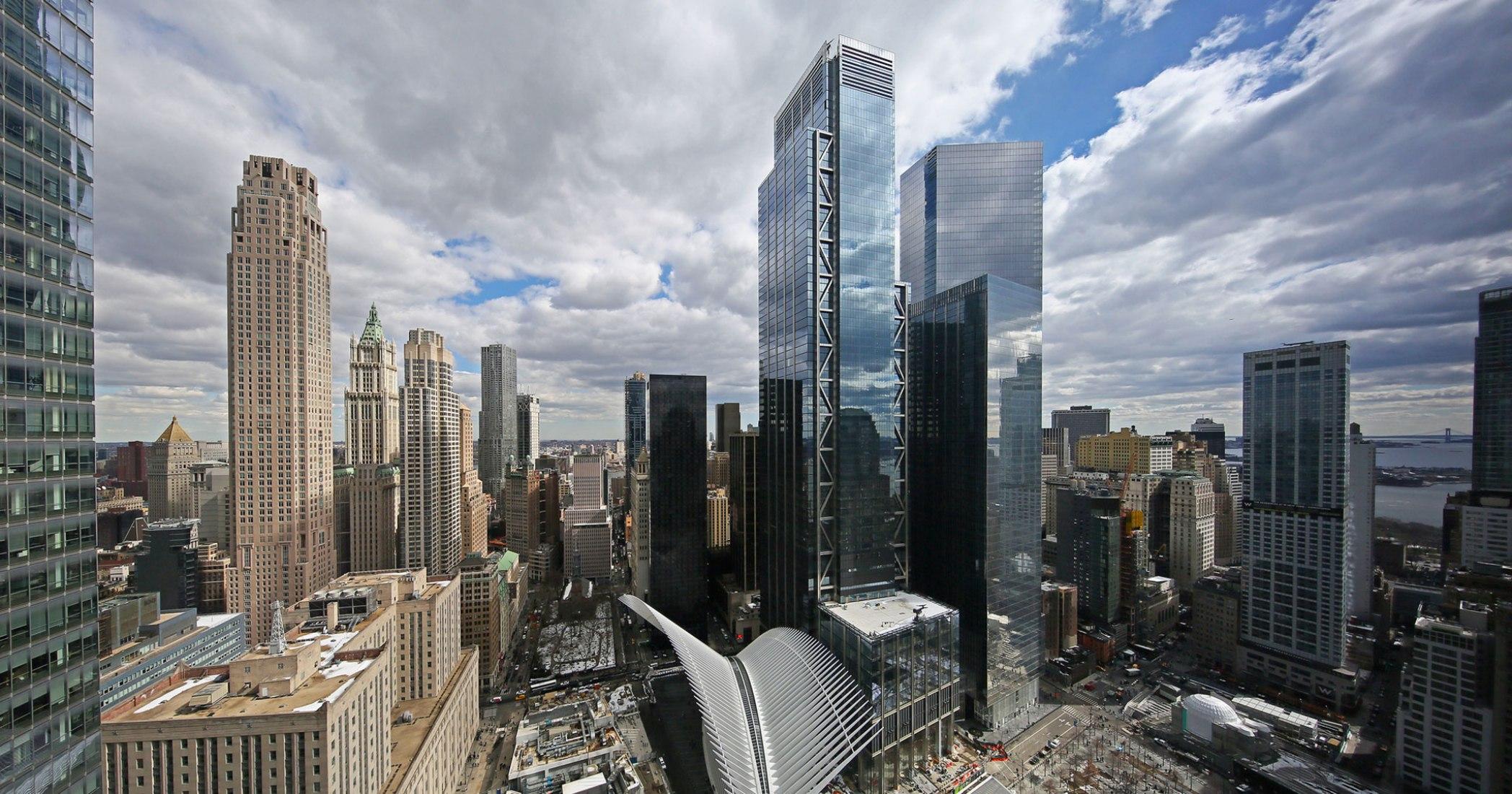 Apertura de 3 World Trade Center por Rogers Stirk Harbour + Partners. Imágen cortesía de World Trade Center