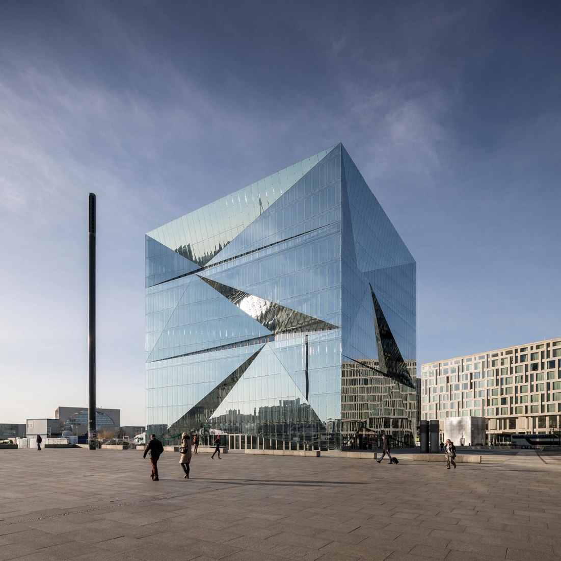 Berlin Cube por 3XN Architects. Fotografía por Adam Mørk