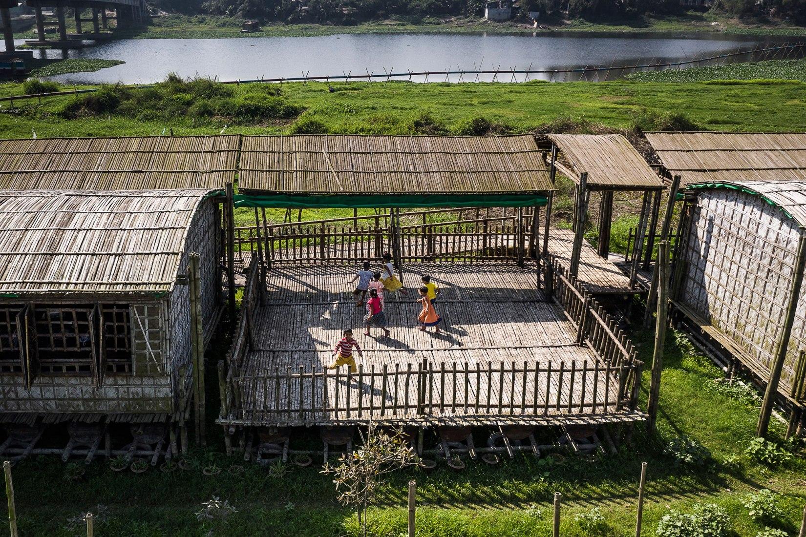 Proyecto Educativo Arcadia, por Saif Ul Haque. Fotografía por © Aga Khan Trust for Culture / Sandro di Carlo Darsa.