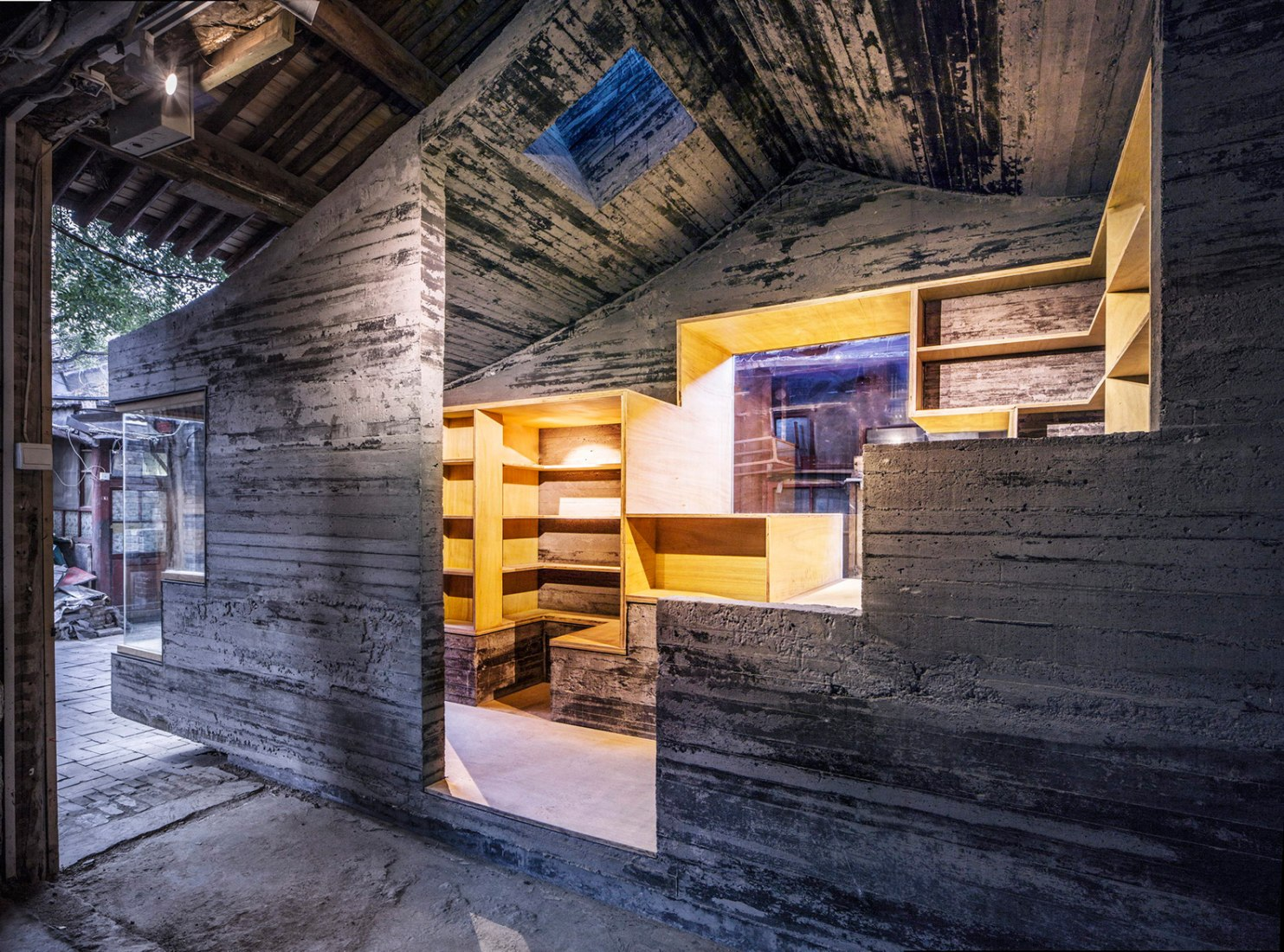 Hutong Children's Library and Art Centre, Beijing (Architect: ZAO / standardarchitecture / Zhang Ke) Photograph ©  Su Shengliang, ZAO, standardarchitecture.