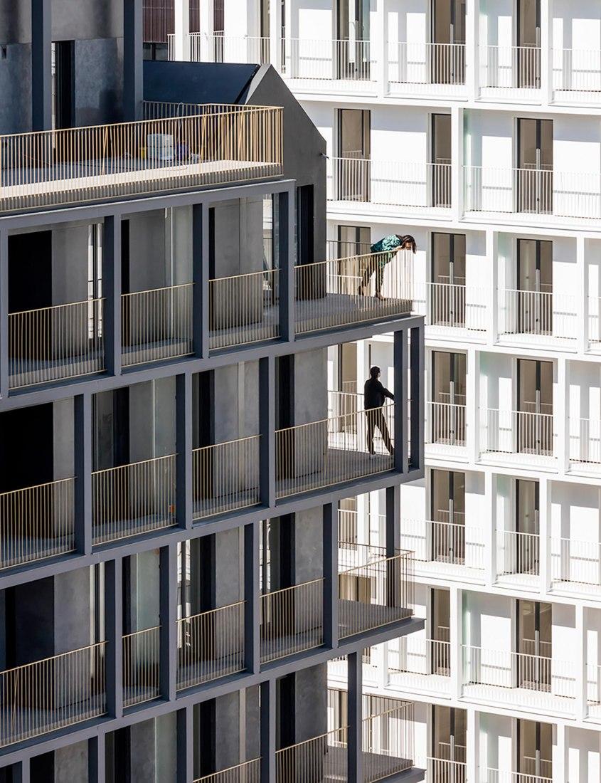 170 housing units and shops in Paris by Aires Mateus, Vincent Parreira-AAVP. Photograph by Luc Boegly