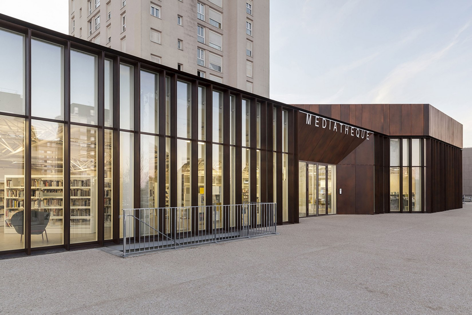 Renovation of Albert Schweitzer Community Center by MOA. Photograph by Cyrille Lallement.