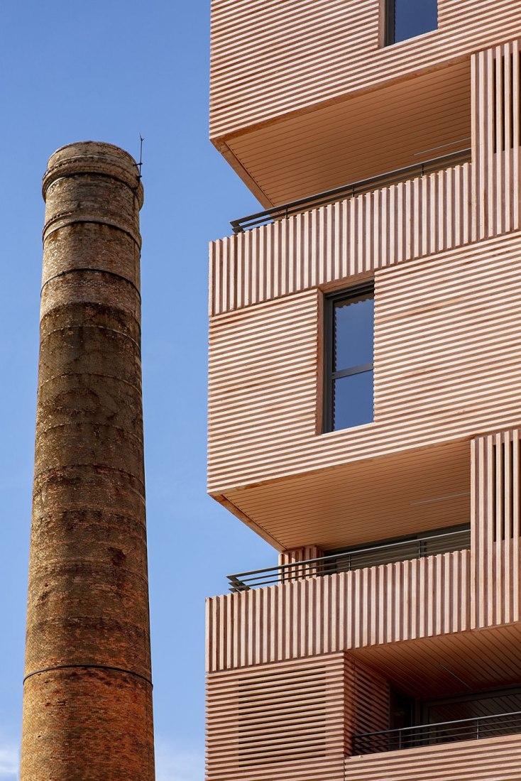 Building of 73 Rental Homes by Muñoz Miranda Arquitectos. Photograph by Javier Callejas Sevilla