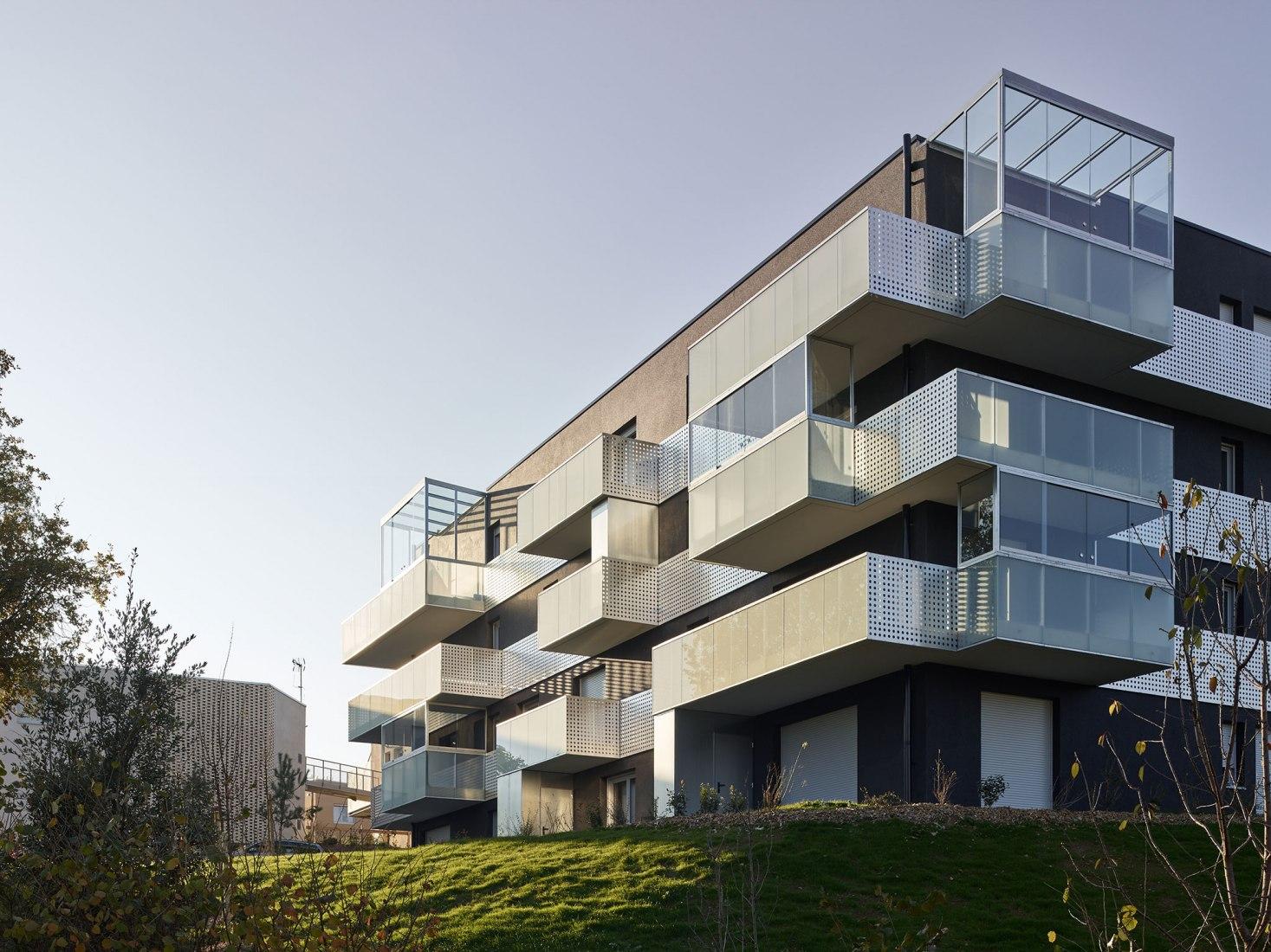 34 viviendas. Les Prairies de Maxime por a/LTA arquitectos. Fotografía por S. Chalmeau
