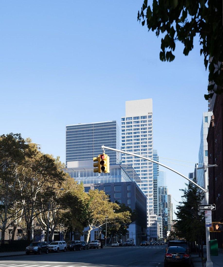 611 West 56th Street por el galardonado arquitecto portugués Álvaro Siza es una nueva colaboración de Sumaida + Khurana y LENY en New York. Visualización por Noë & Associates con The Boundary.