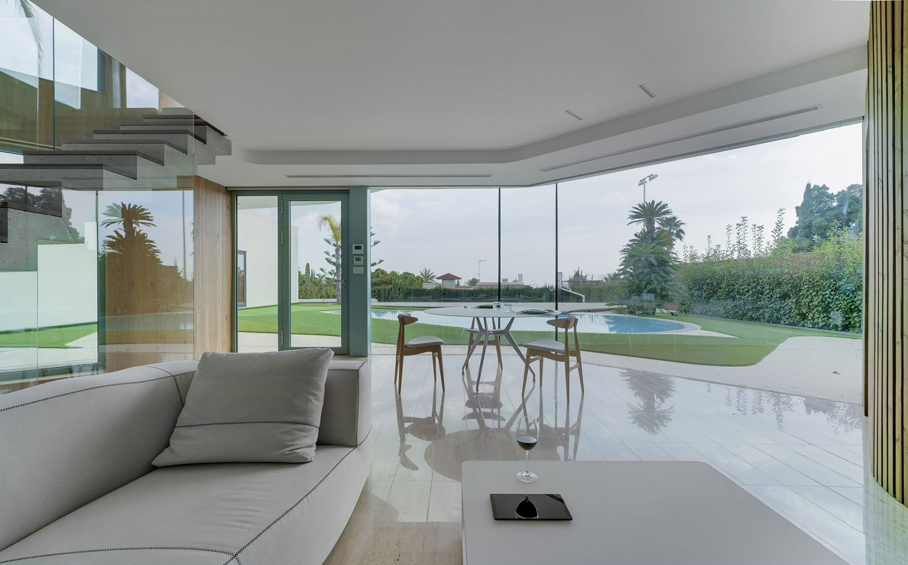 A Room at 3 meters by WOHA by Antonio Maciá. Photograph by David Frutos
