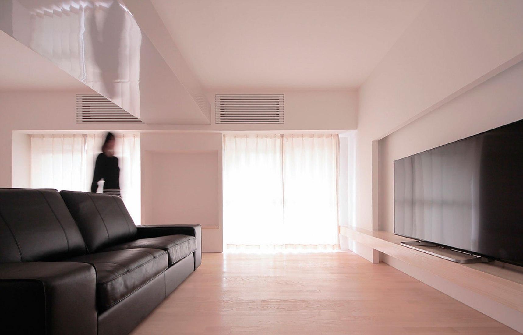 Sala de estar. Apartamento 911 por Jun Murata. Imagen © Jun Murata.