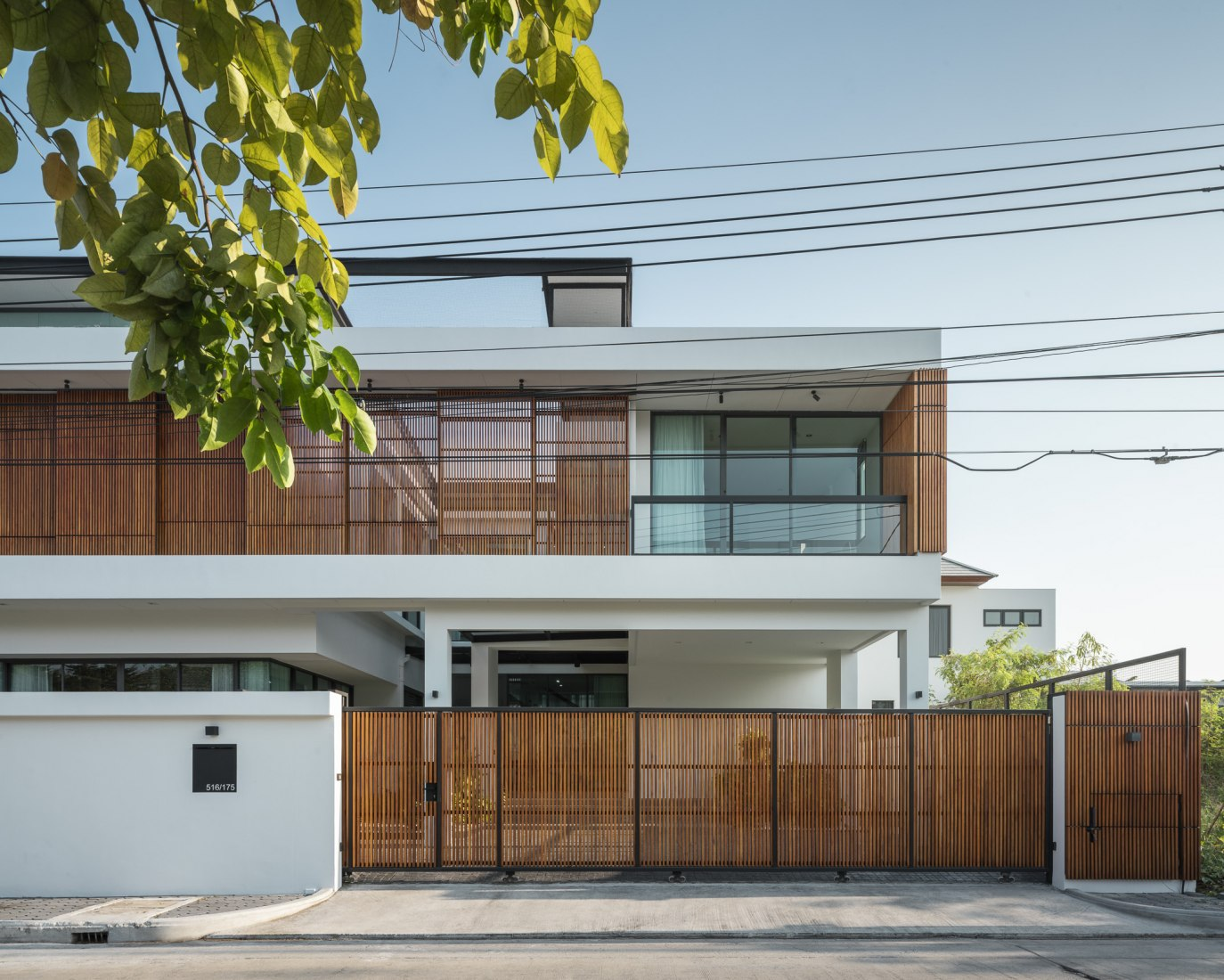 Bangkae House by Archimontage. Photograph by Chalermwat Wongchompoo | Sofography.