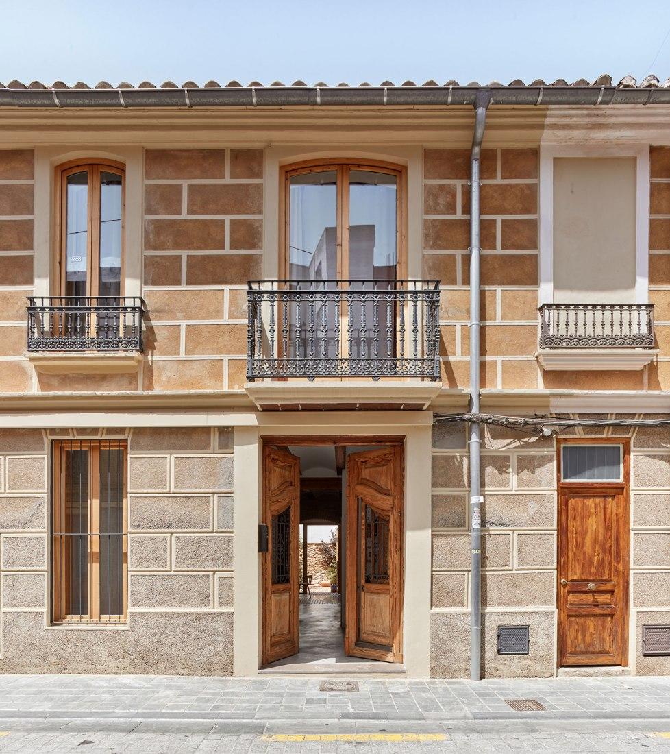 Mira house by Arturo Sanz. Photograph by Mariela Apollonio