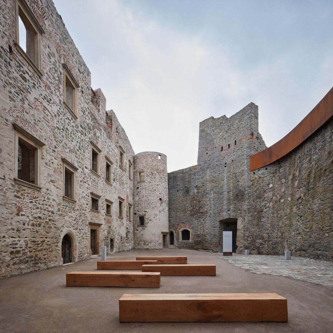 Helfštýn Castle Palace Reconstruction by Atelier-r. Photograph by BoysPlayNice