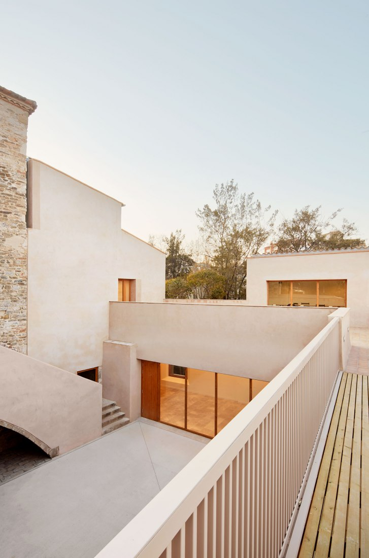Can Fargues Music school by BAMMP. Photograph by José Hevia