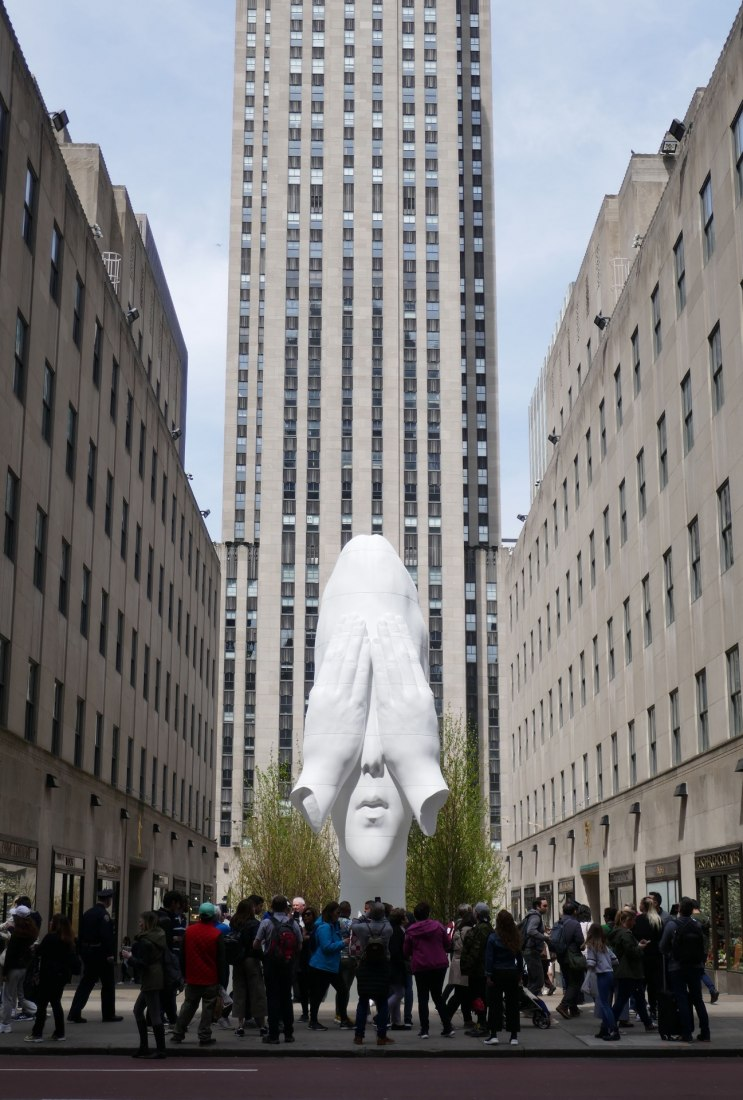Jaume Plensa, Behind The Walls, 2019, Rockefeller Center, New York. Courtesy of the artist and Richard Gray Gallery. © Jaume Plensa Studio. Photo by Christopher Burke Studio