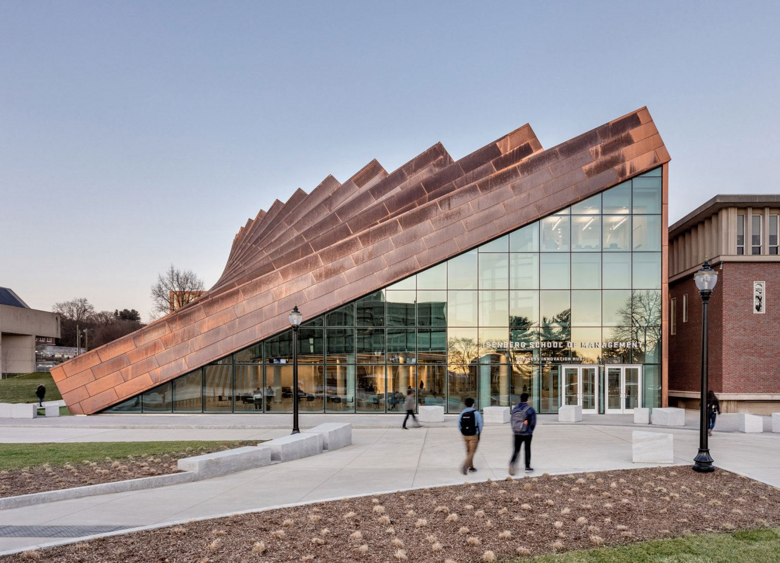 Isenberg School Of Management Business Innovation Hub by BIG. Image by Max Touhey.