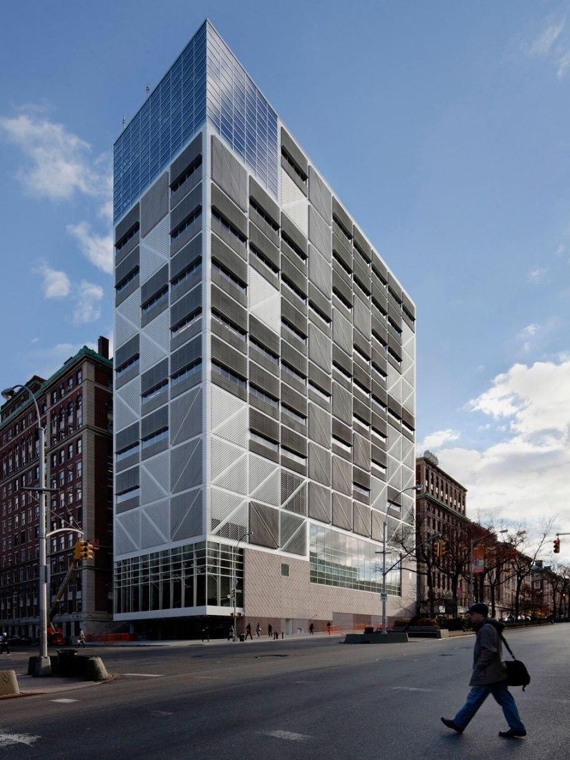 Edificio de la esquina noroeste de la Universidad de Columbia por Rafael Moneo, Davis Brody Bond Aedas y Moneo Brock Studio. Fotografía © Michael Moran Studio